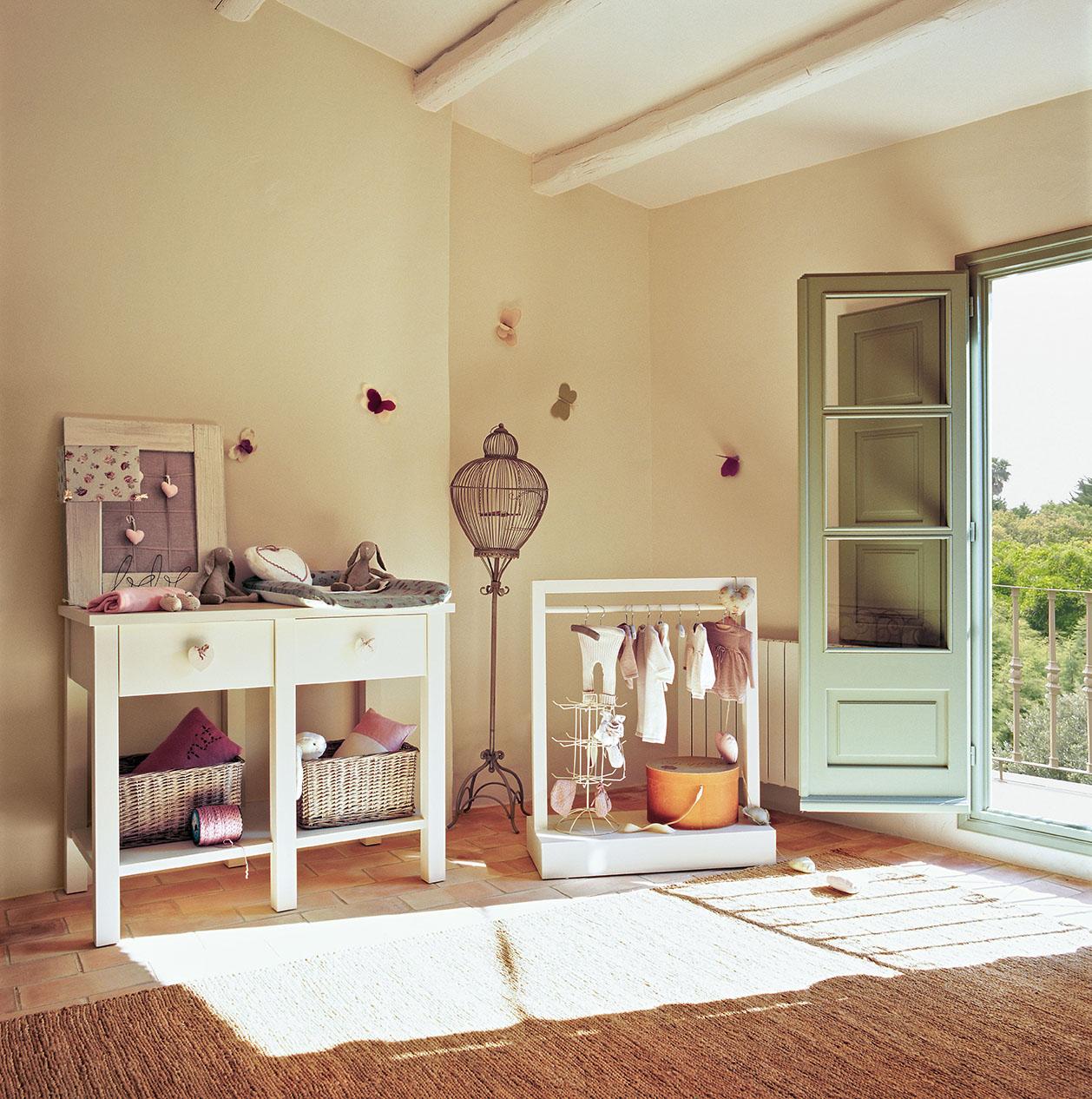 Restaurada con maestr a y delicadeza for Bona nit muebles