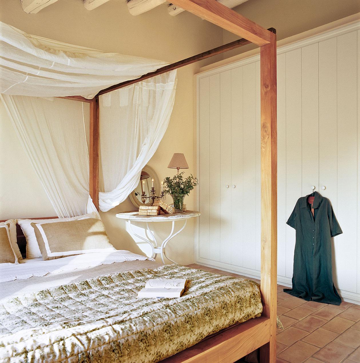 00277096. Dormitorio principal