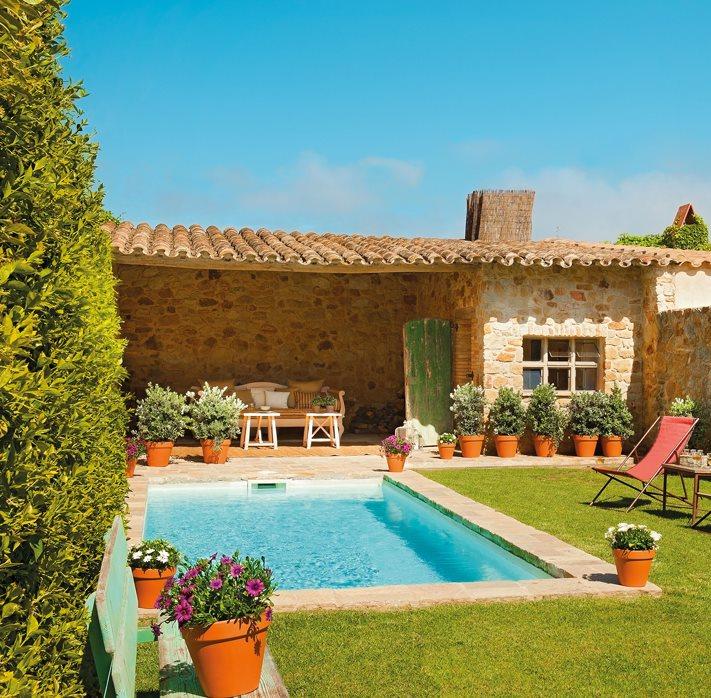 Todo para instalar una piscina for Casa jardin revista