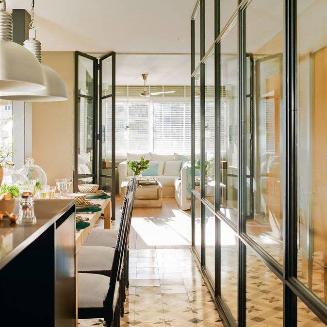Ideas para sacar el m ximo partido a un piso peque o - Puertas plegables para cocina ...