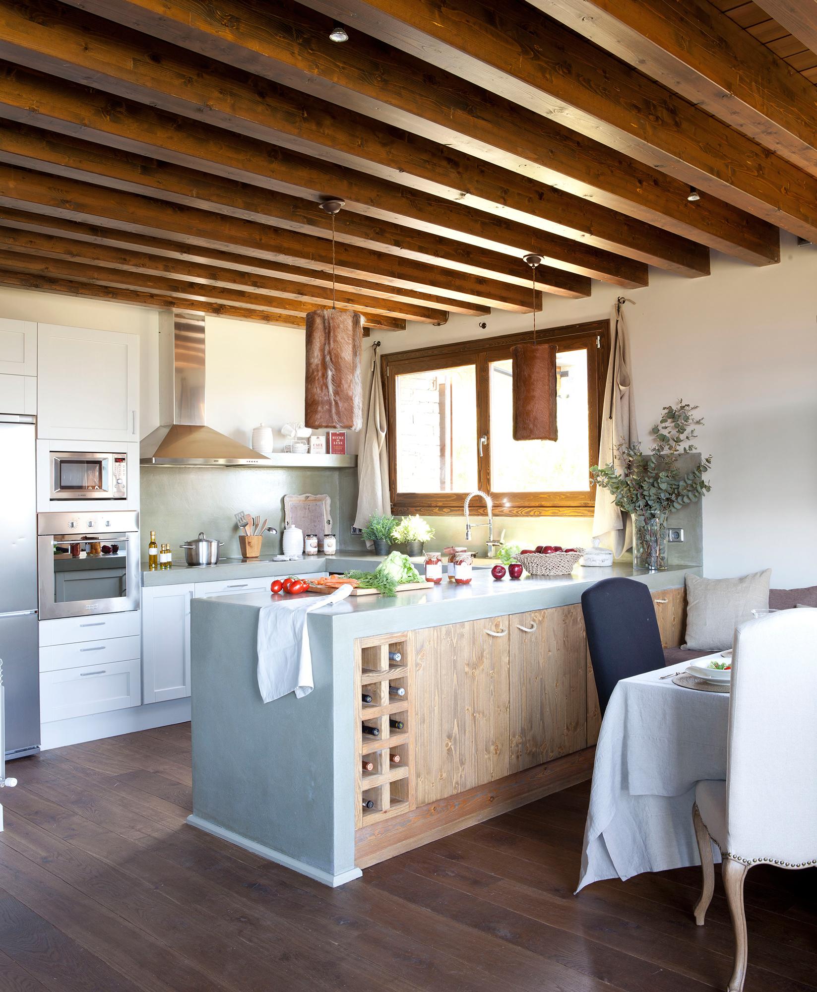 Cocinas las 50 mejores de el mueble - Techos con vigas de madera ...
