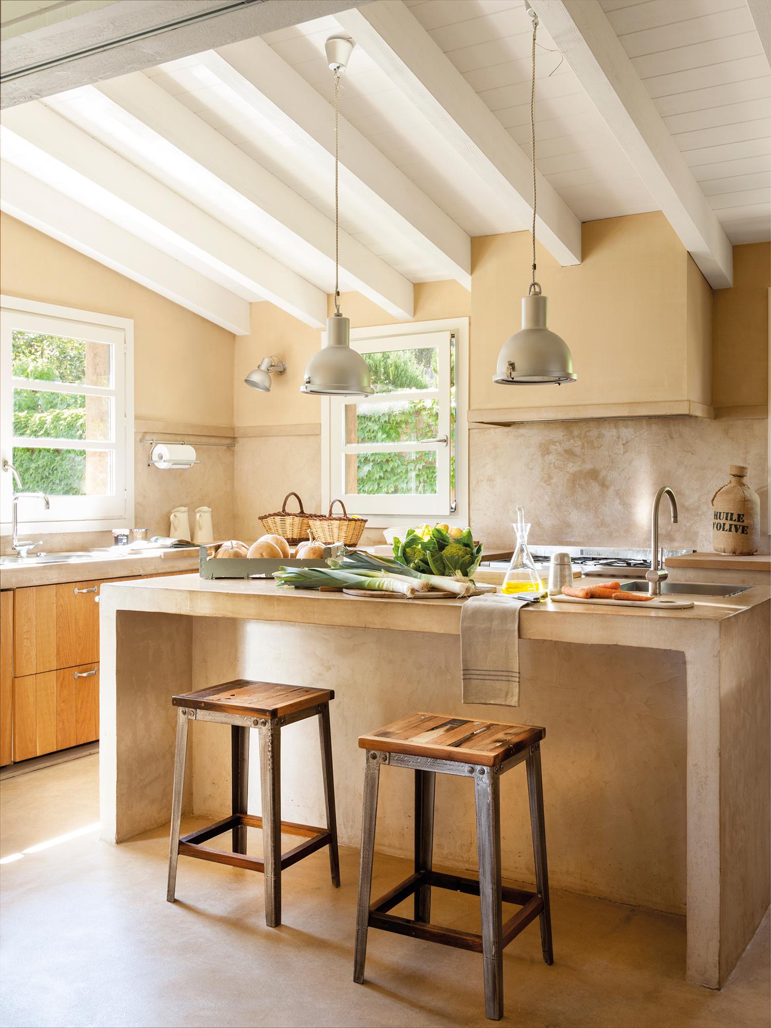 Cocinas las 50 mejores de el mueble for Lamparas cocinas rusticas