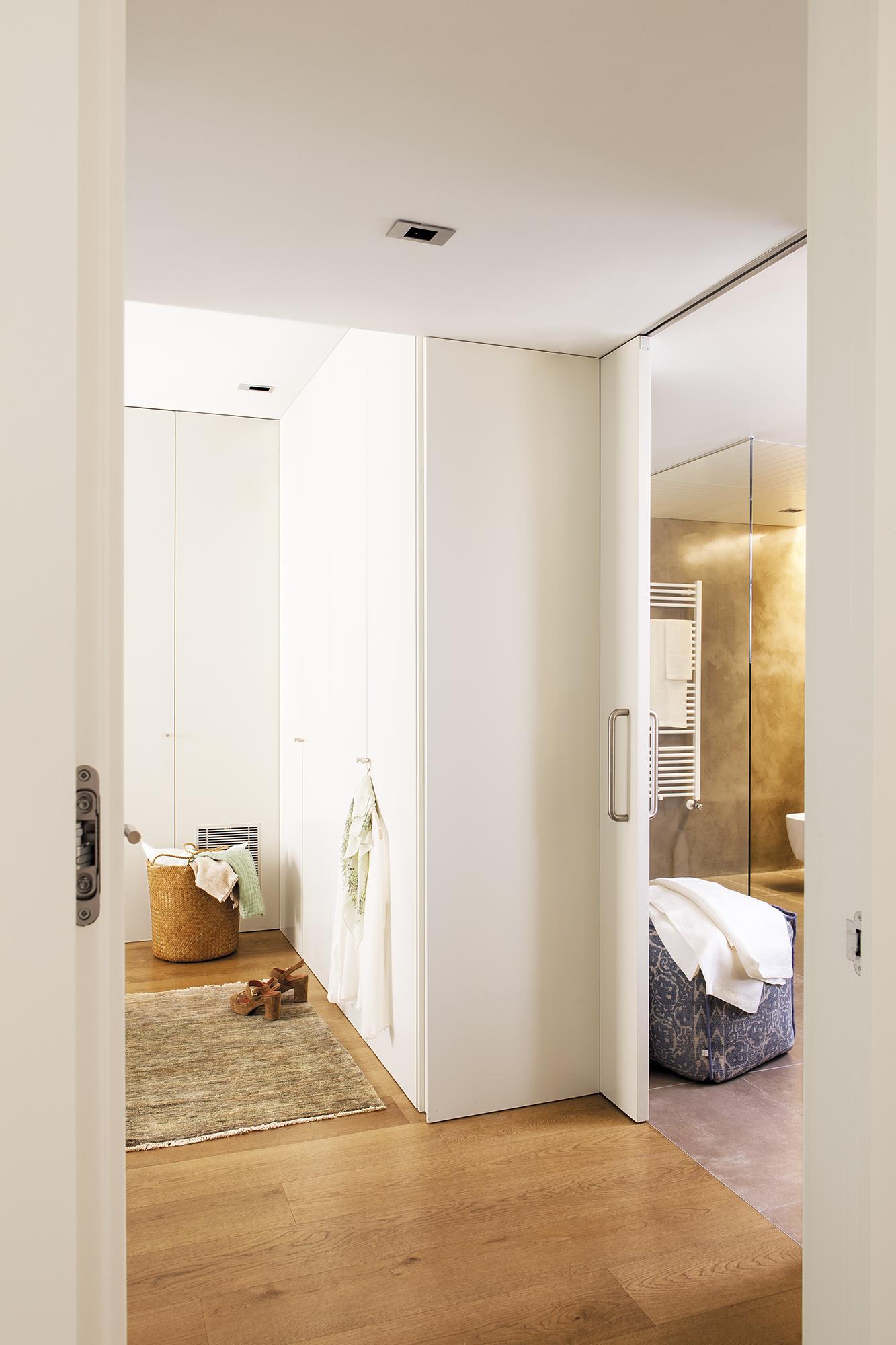 Armarios roperos armarios de cocina y armarios de ba o el mueble - Puertas correderas banos ...