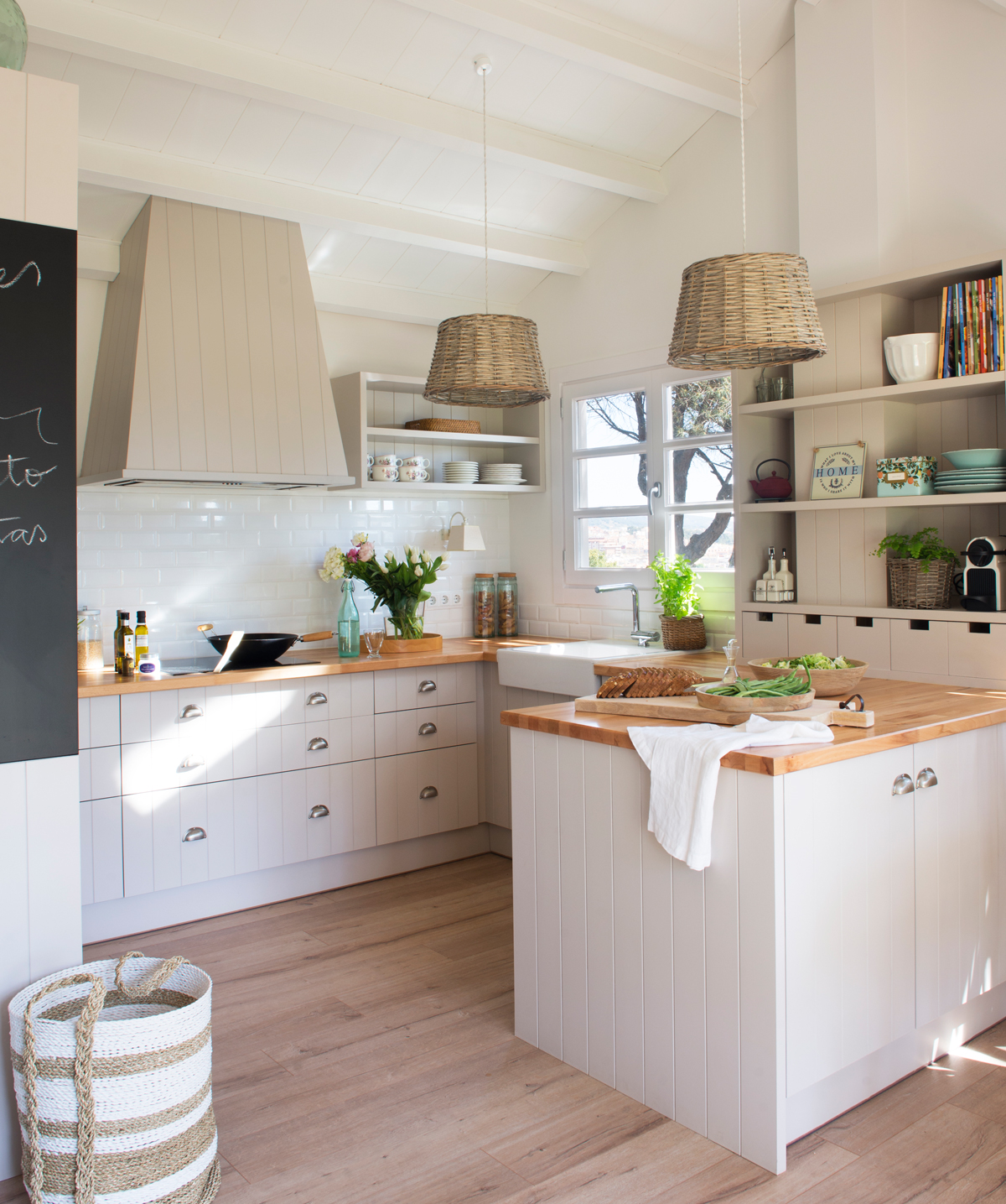 Reformas elige el estilo de tu cocina - Encimeras rusticas ...