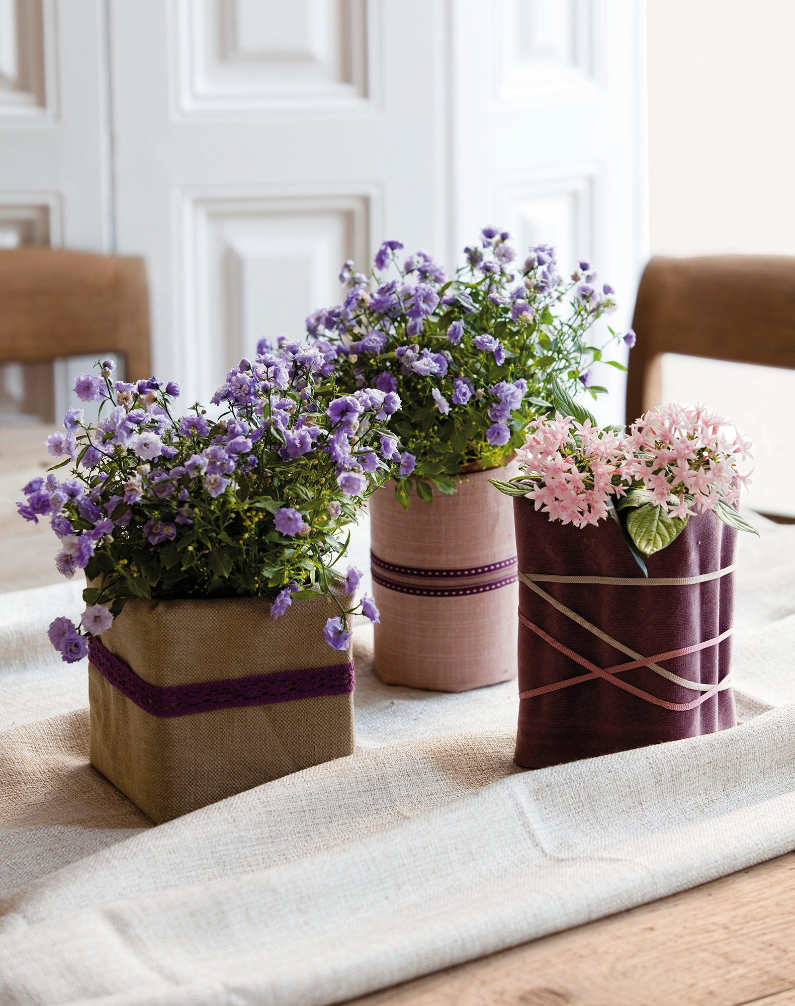 Jarrones decorativos de el mueble for Decoracion de jardines con jarrones de barro