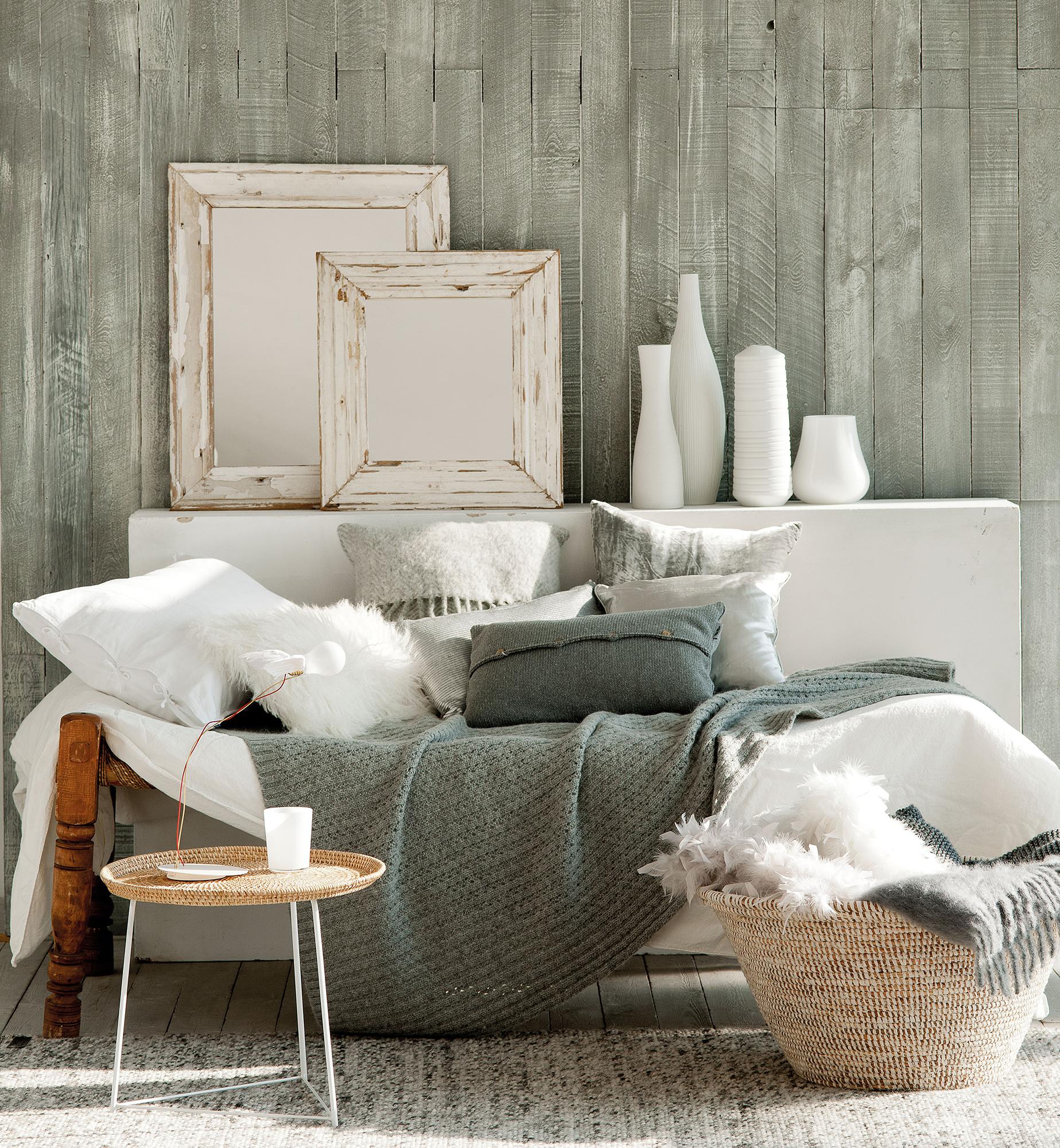 Semitoma de salón invernal decorado en blanco y gris_ 00353812b