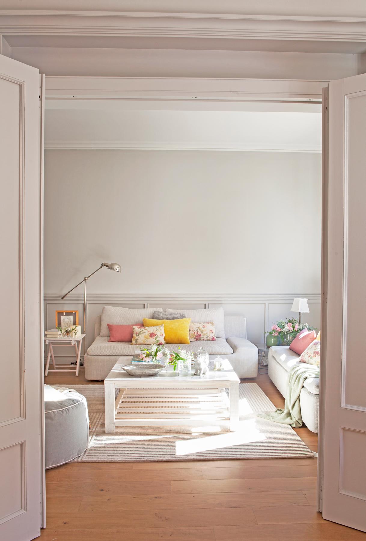 Suelo gris color paredes cuarto de bao con grandes - Combinar color suelo y paredes ...