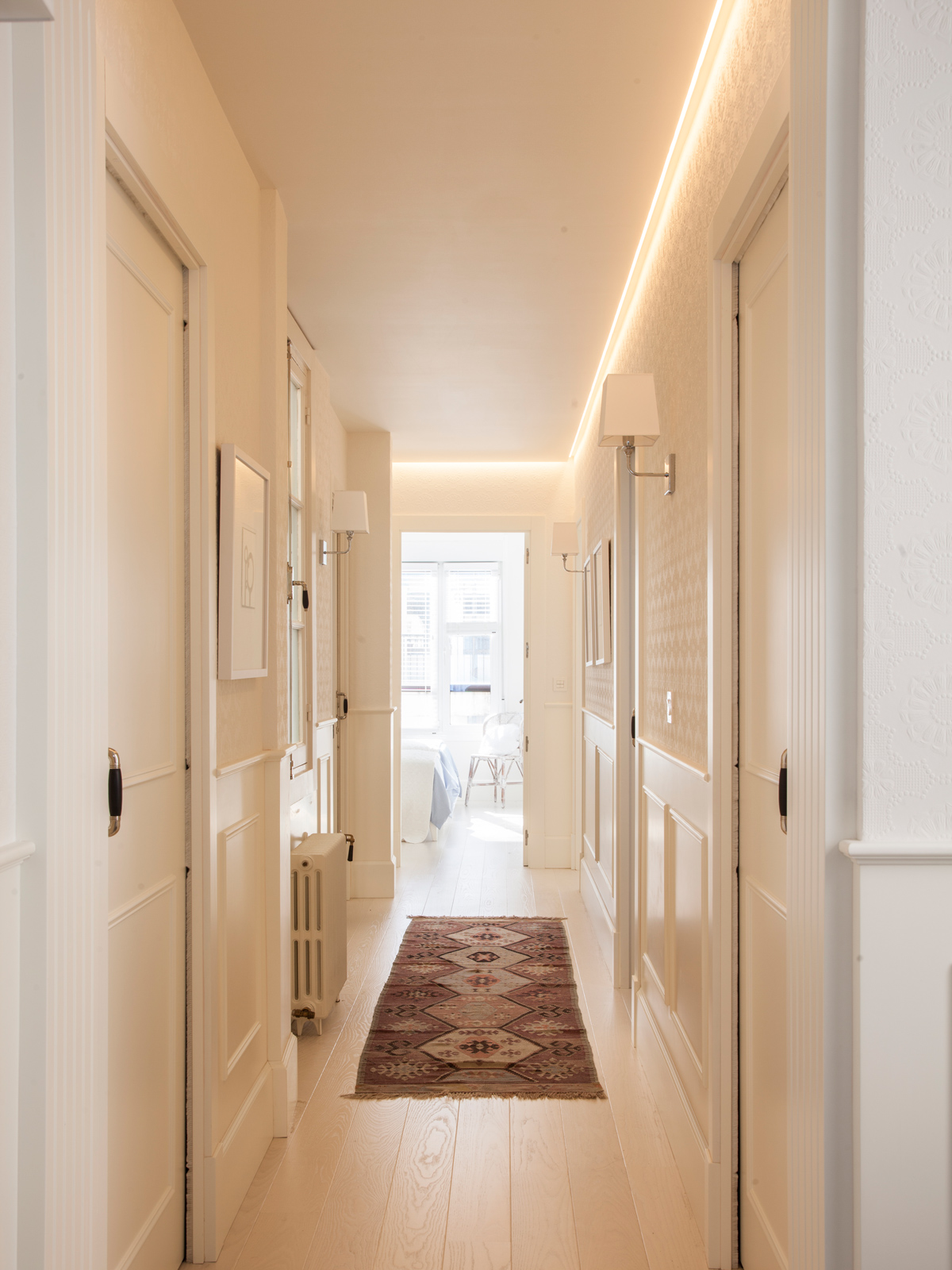Resultat d'imatges de alfombra corta pasillo