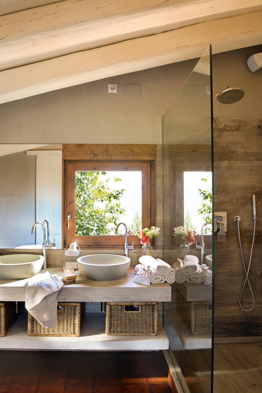 Ideas para ba os peque os de verdad for Lavamanos rusticos de madera