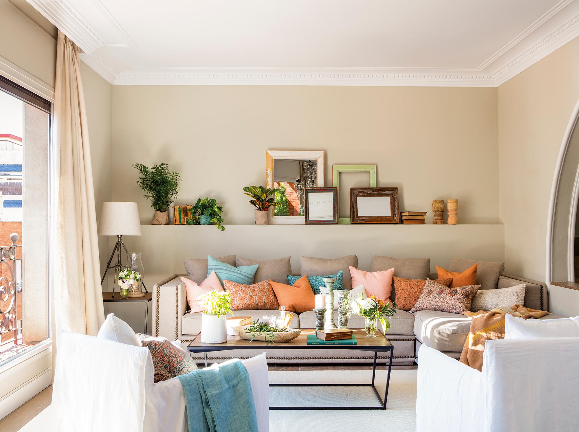 Sof claves para elegirlo - Ideas para decorar salones pequenos ...