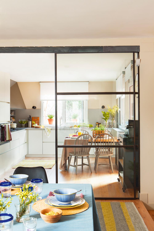 Puertas correderas cristal cocina trendy inspirador for Puertas correderas de cristal para cocinas precios
