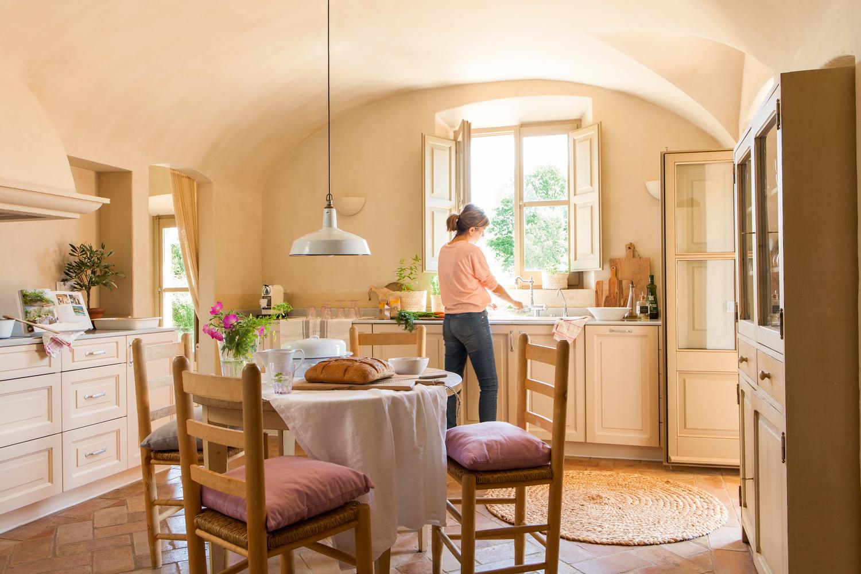 20 cocinas rústicas bonitas, con muebles vintage y mucho encanto