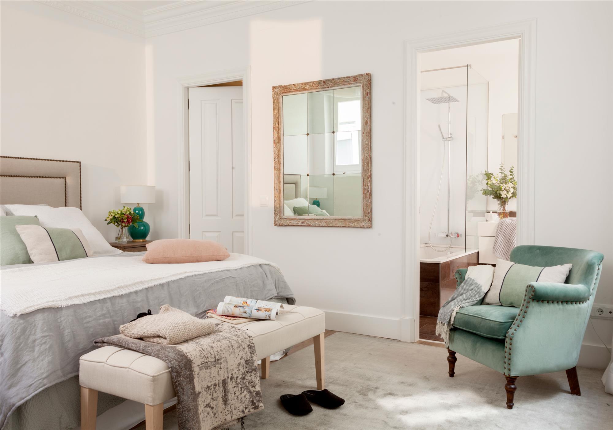 Soluciones decorativas con pintura for Dormitorio con bano