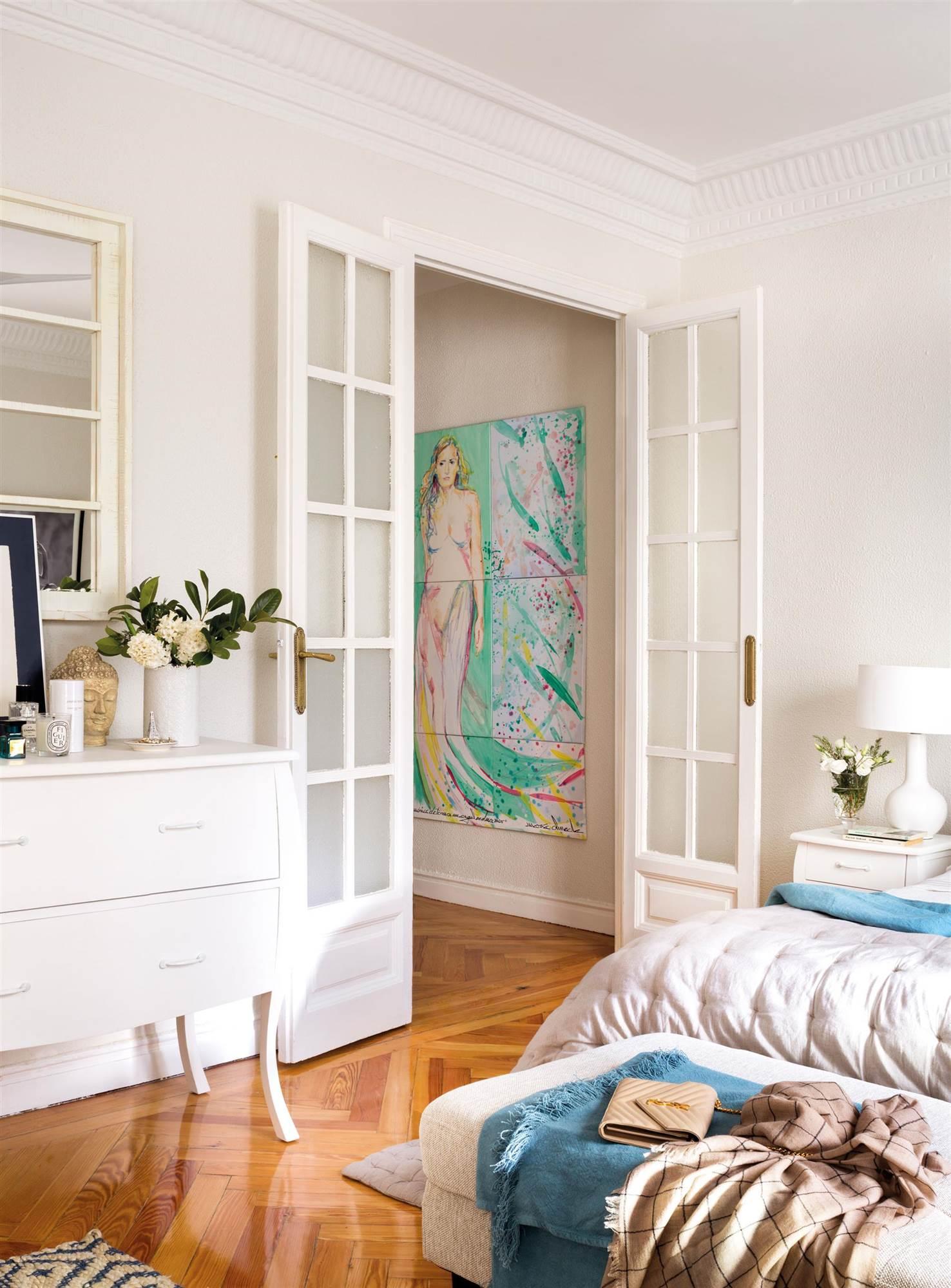 Soluciones decorativas con pintura for Puertas correderas antiguas