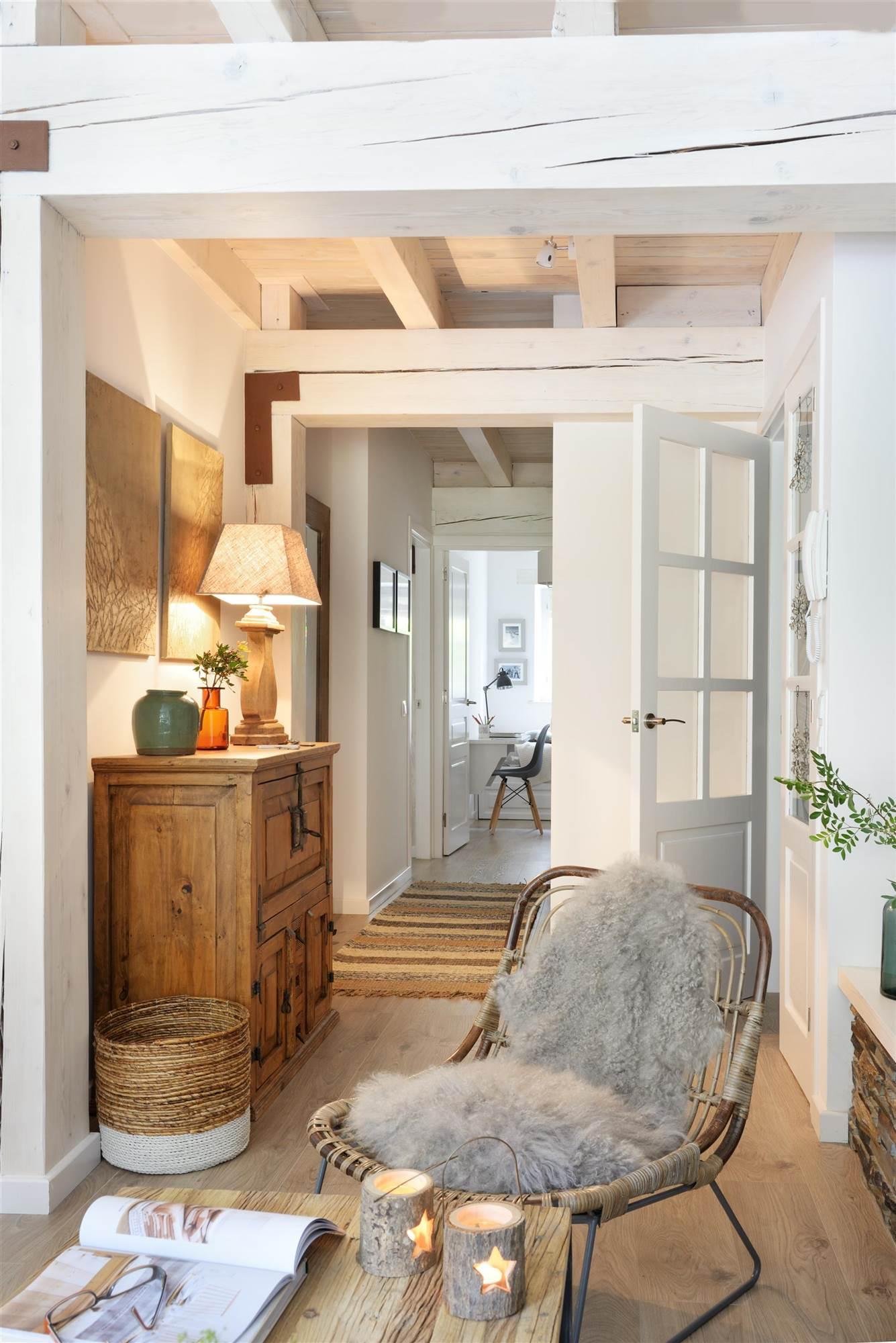 La butaca es nuestro mueble preferido for Comoda recibidor