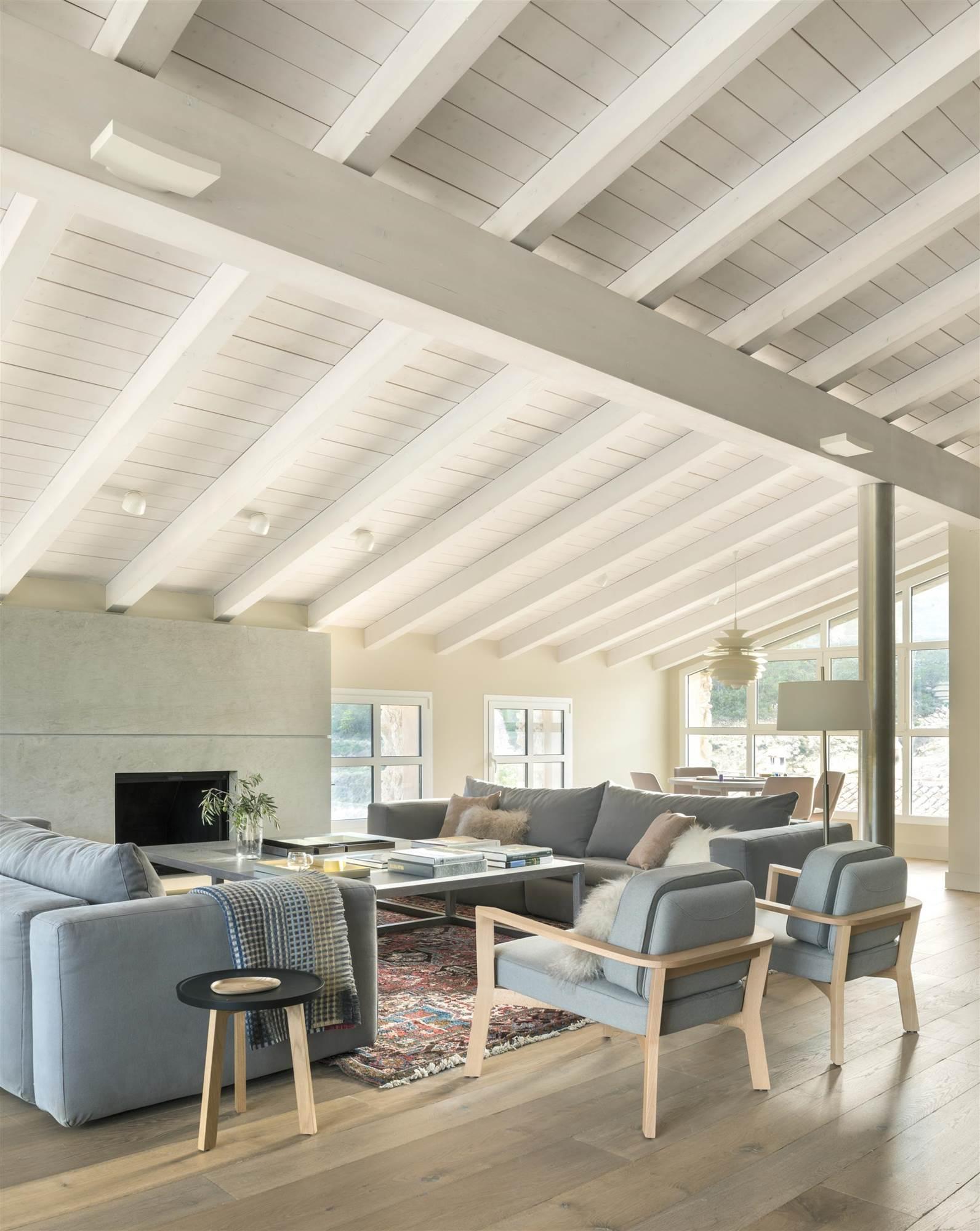 La butaca es nuestro mueble preferido - Salones en madera ...