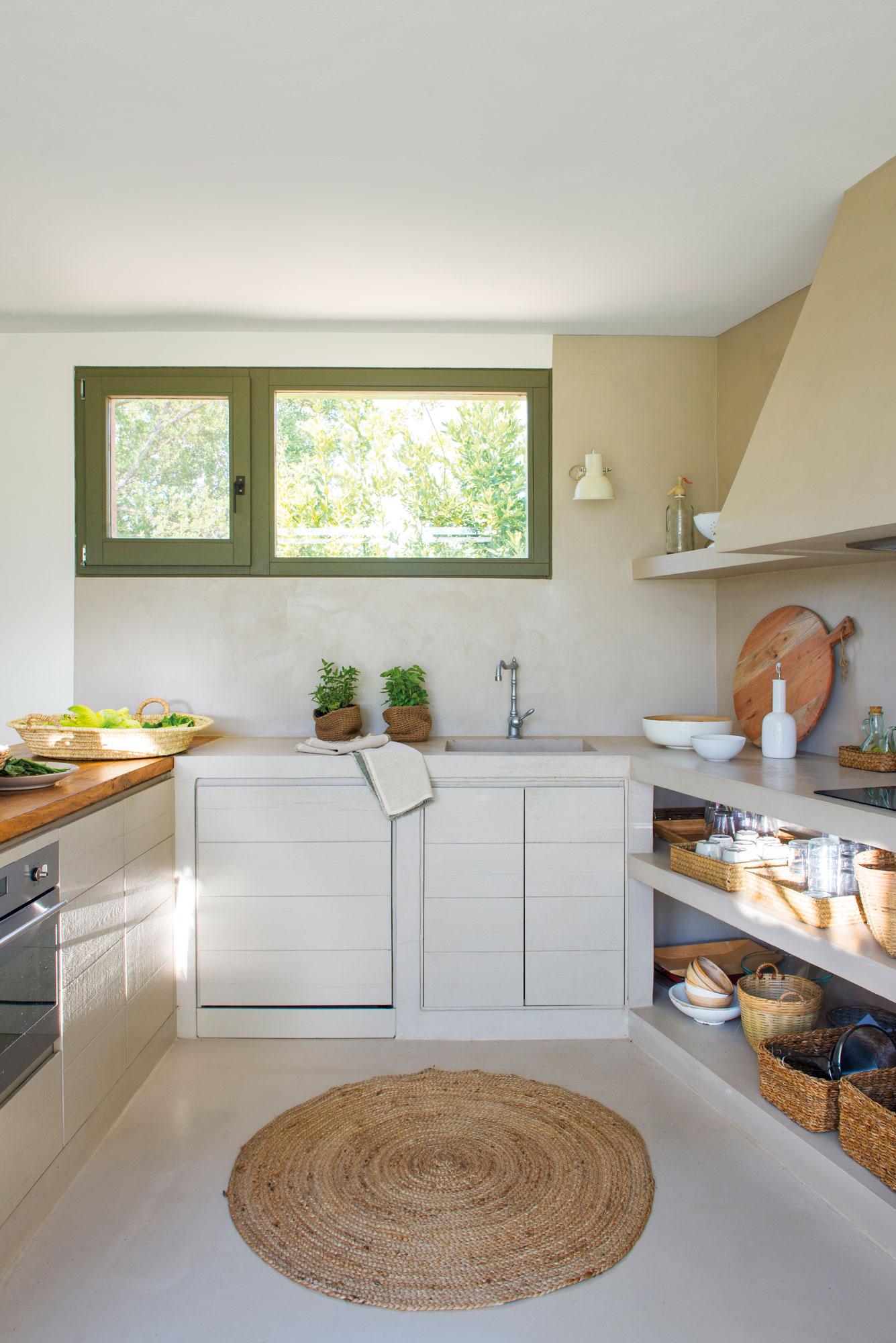 Cocinas muebles decoraci n dise o blancas o peque as - Muebles ibicencos ...