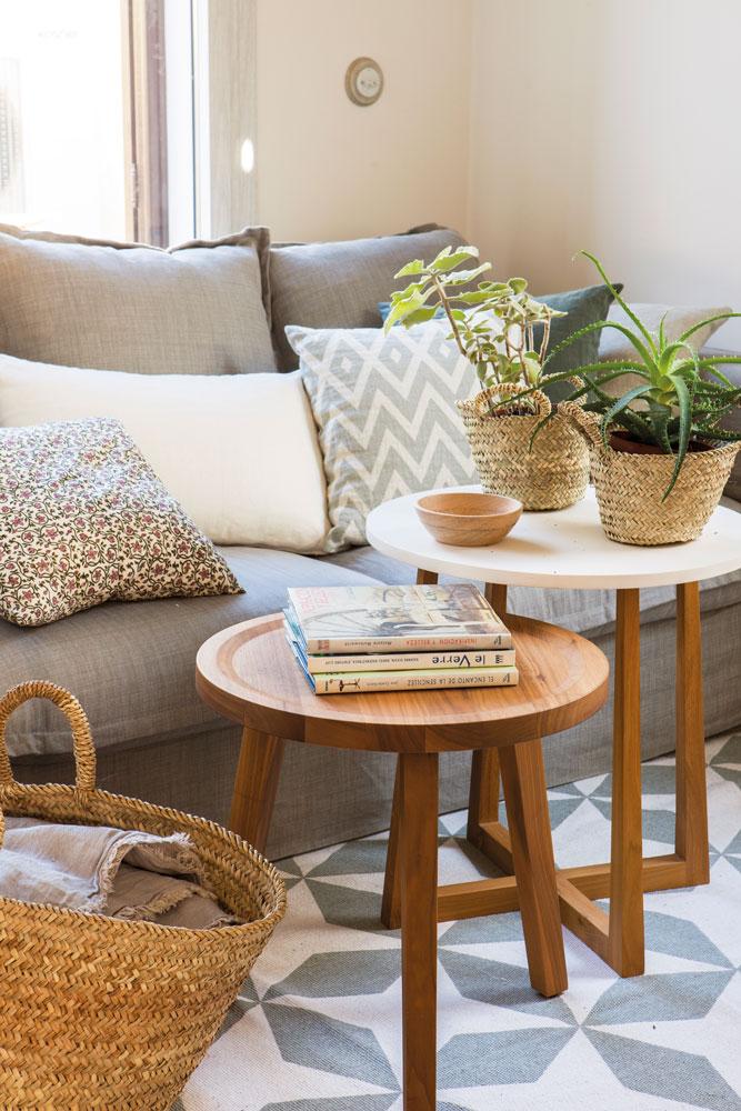 Decora tu casa con libros - Mesas de libro para salon ...