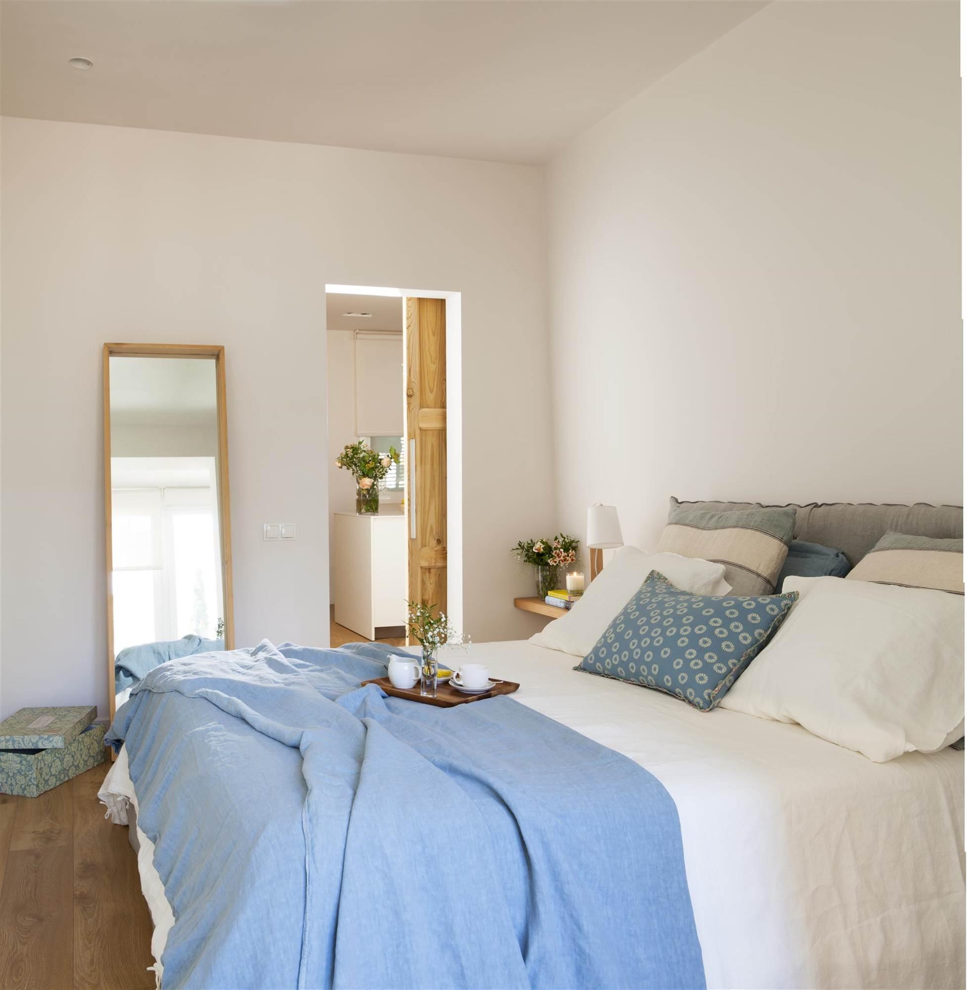 Cabeceros de cama de madera r sticos decorados o tapizados elmuebl - Cabeceros y mesitas de noche ...