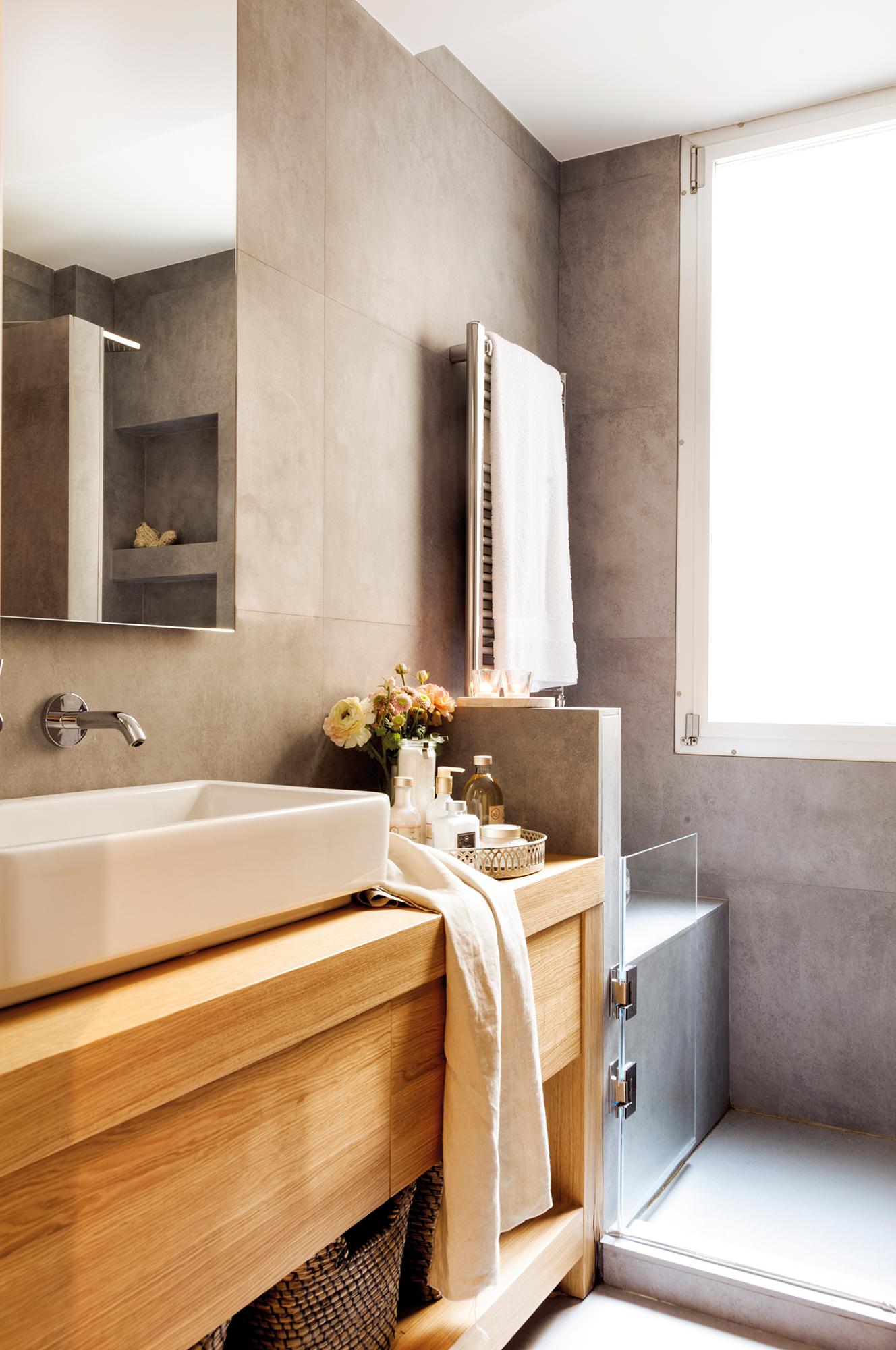 Muebles ba o decoraci n accesorios mamparas y azulejos for Toalleros para bano modernos
