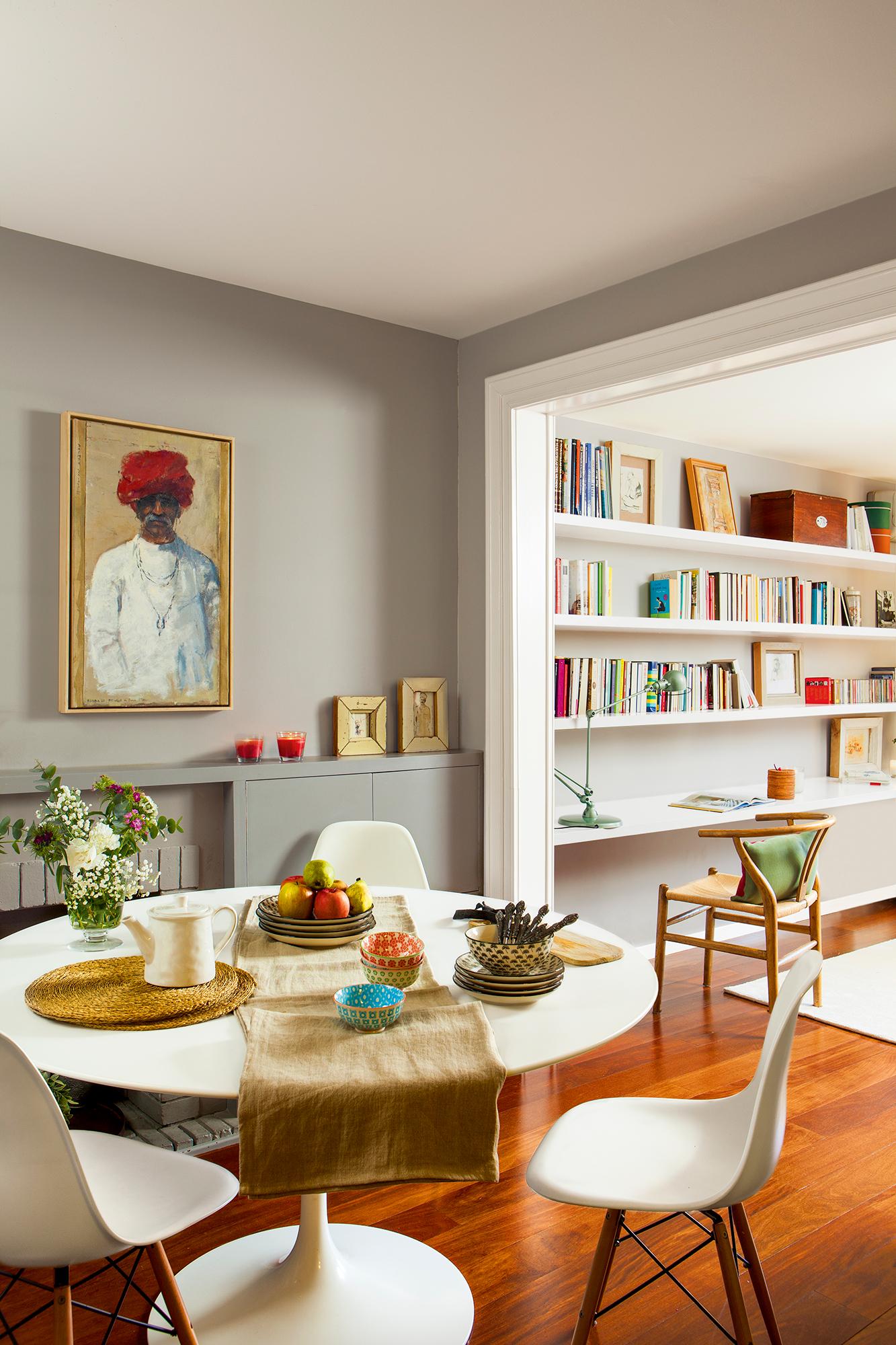 12 piezas vintage siempre de moda for Mesa salon blanca