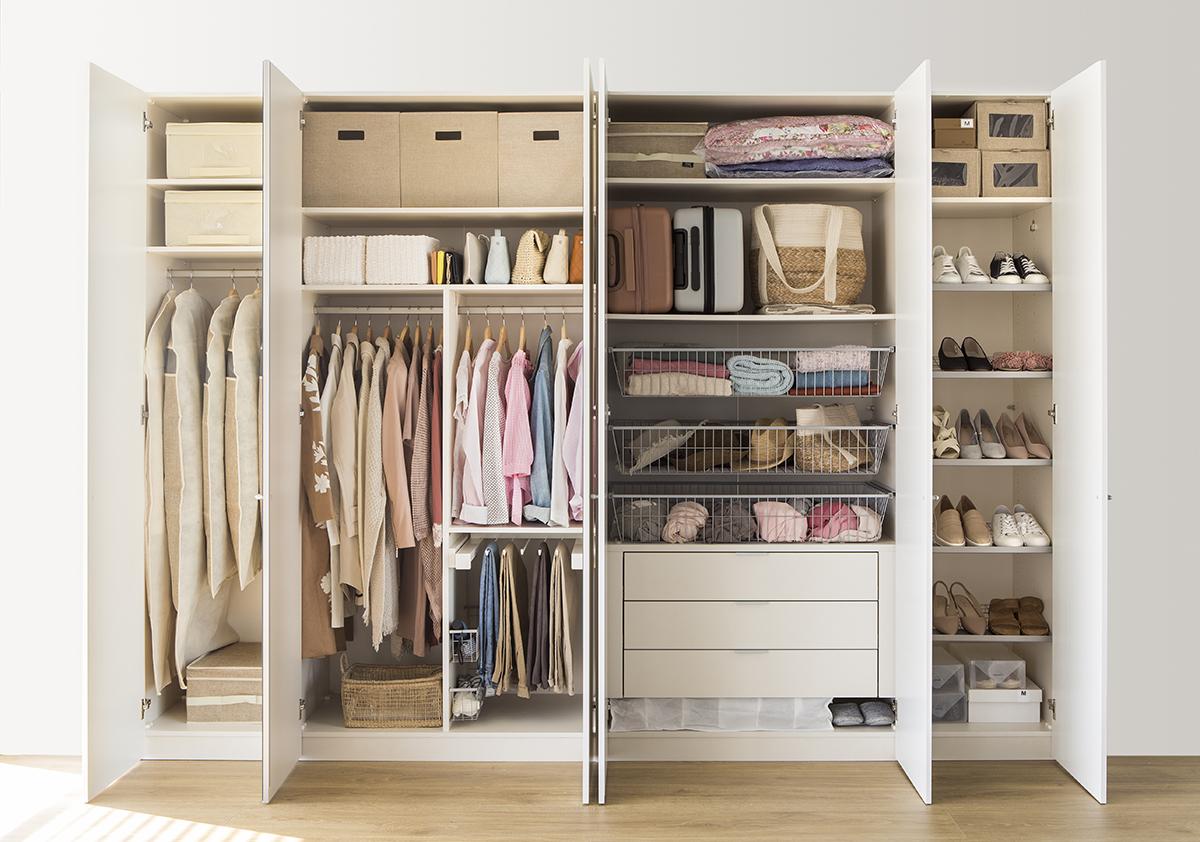 C mo ordenar con el m todo marie kondo - Ordenar armarios ropa ...