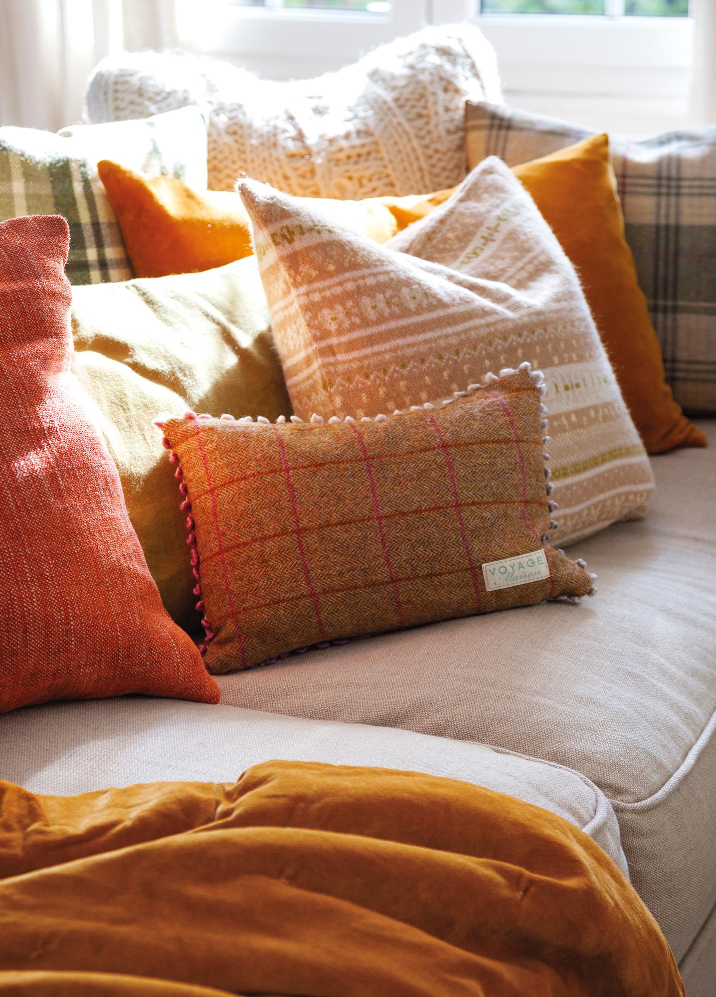 Renueva los cojines del sof y pon tu sof a la ltima - Sofa de cojines ...