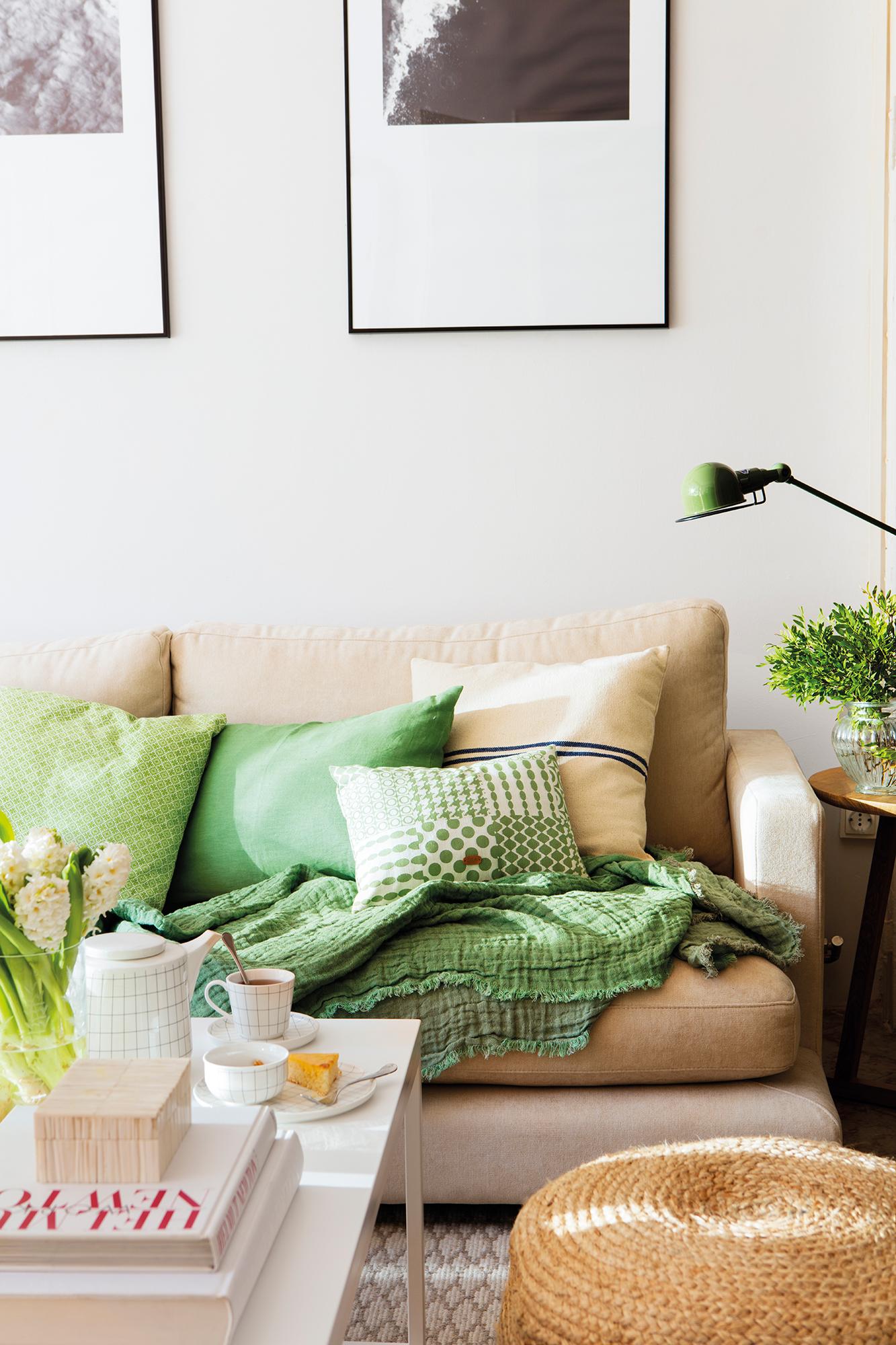 Renueva los cojines del sof y pon tu sof a la ltima - Cojines de colores ...