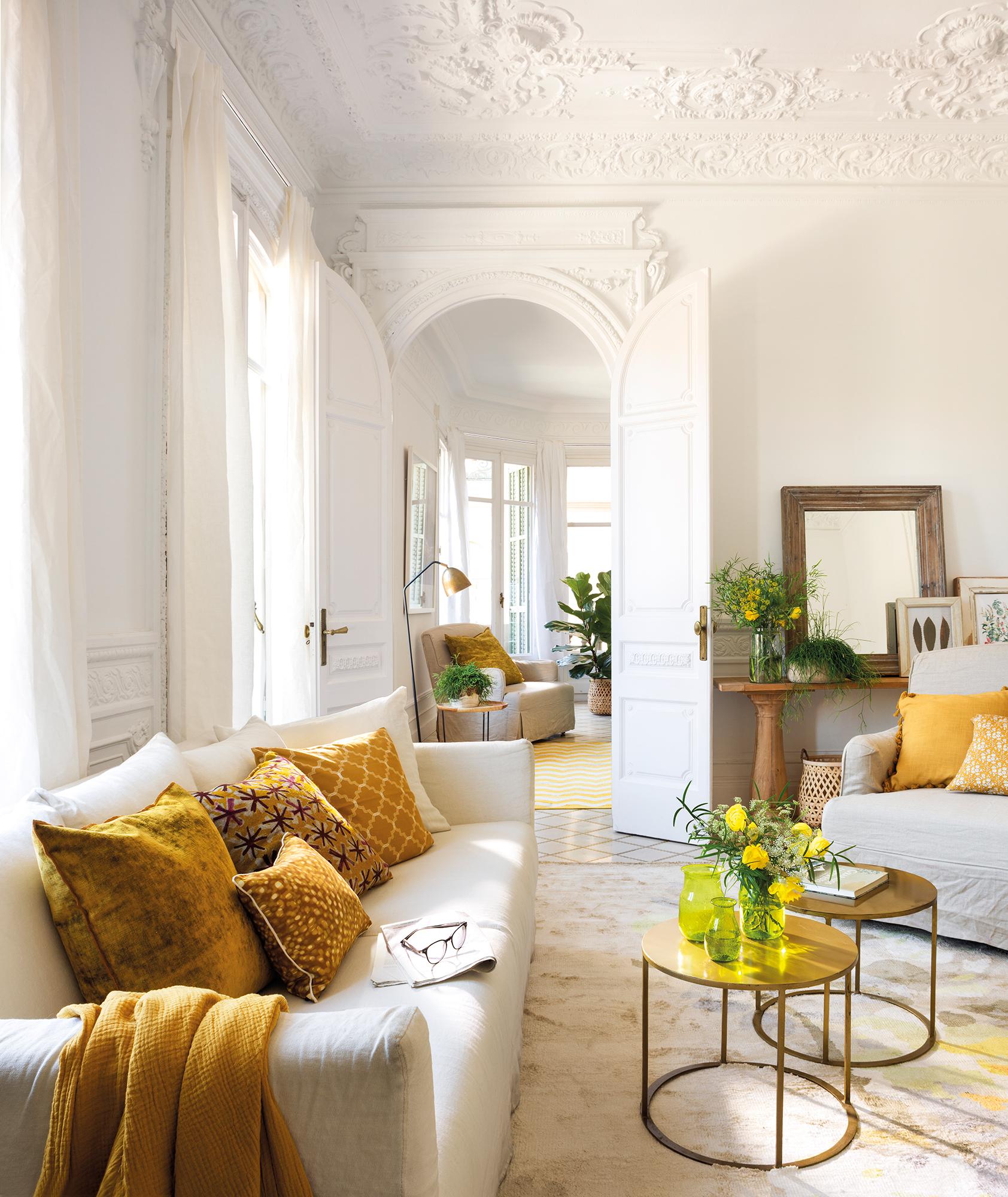 Renueva los cojines del sof y pon tu sof a la ltima for Cojines de salon