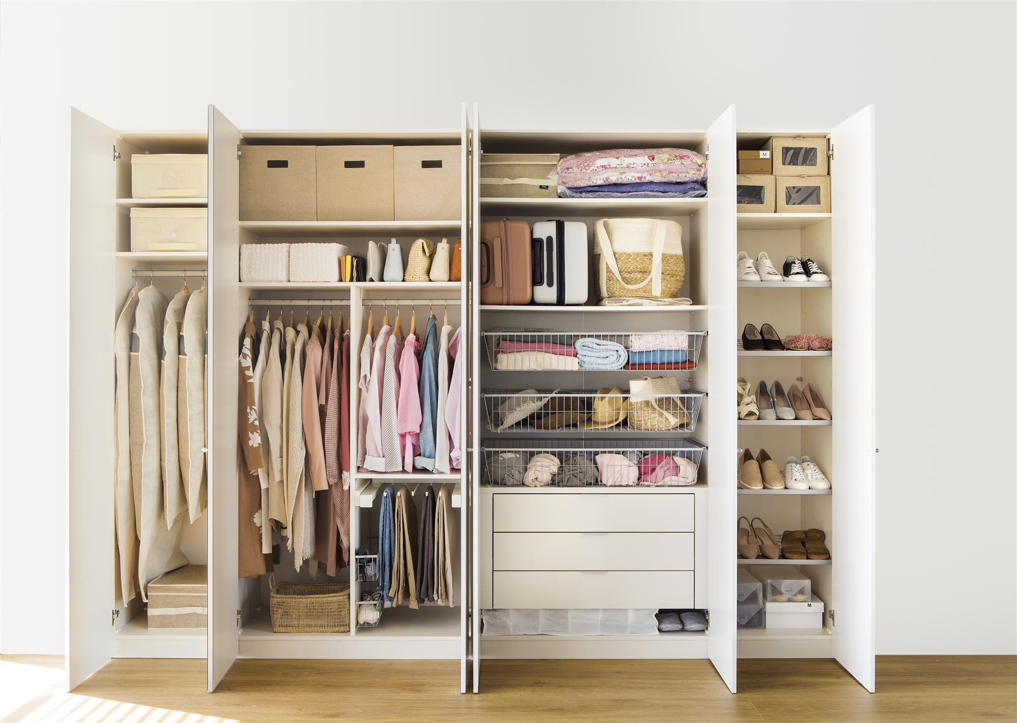 Armarios roperos armarios de cocina y armarios de ba o - Como vestir un armario ...