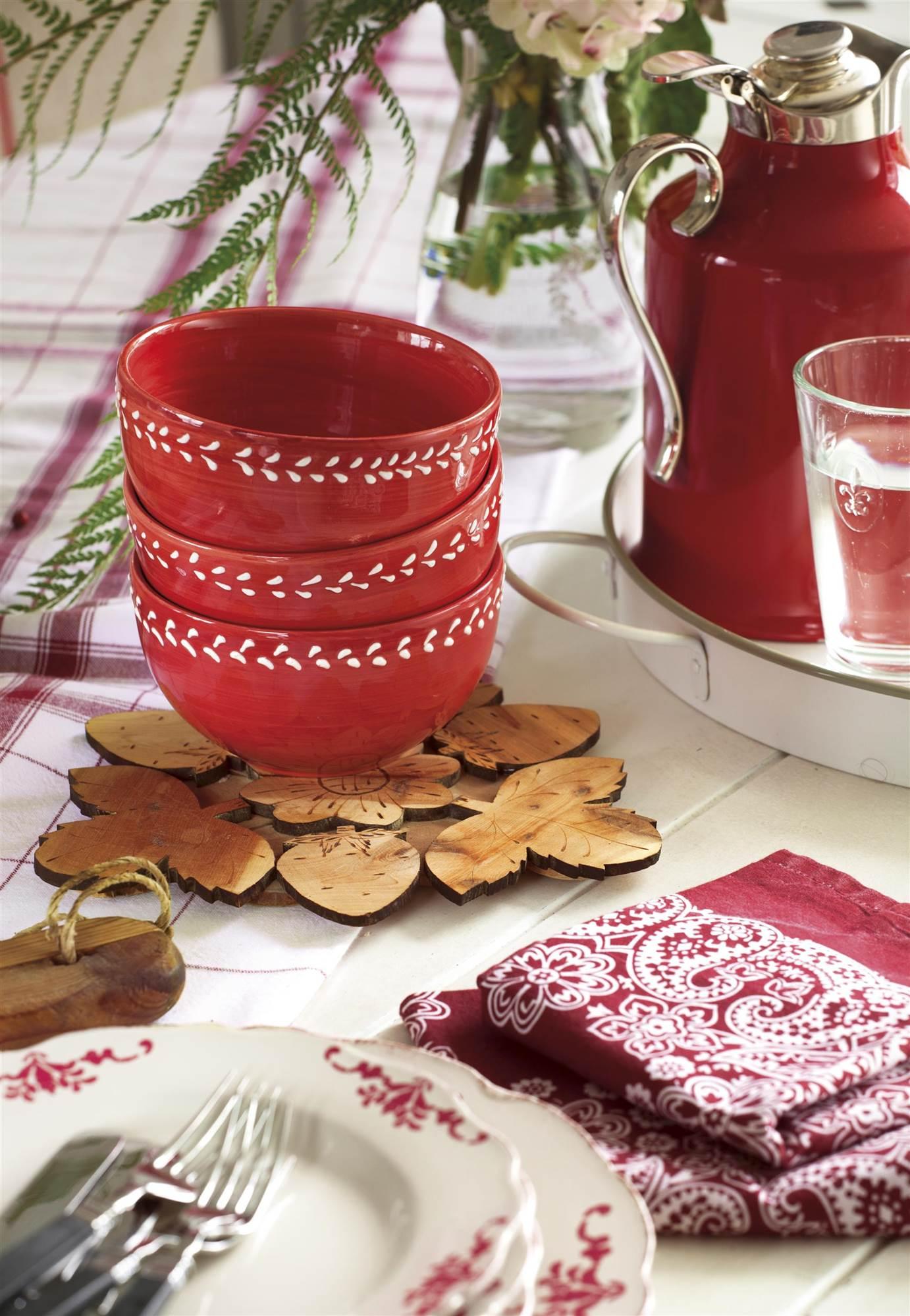 El color rojo en decoraci n - Vajilla rustica ...