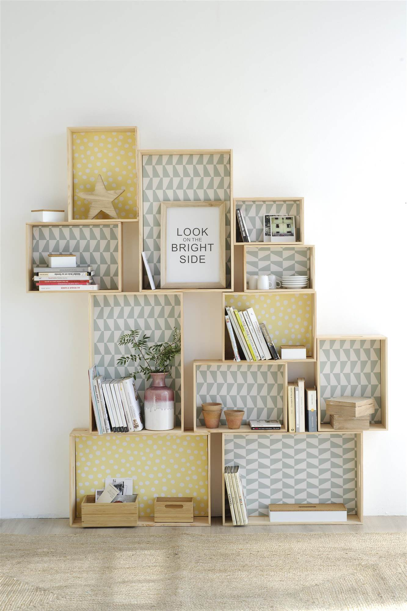 Utiliza las formas geom tricas para decorar tu casa - Decorar cajas de madera con papel ...