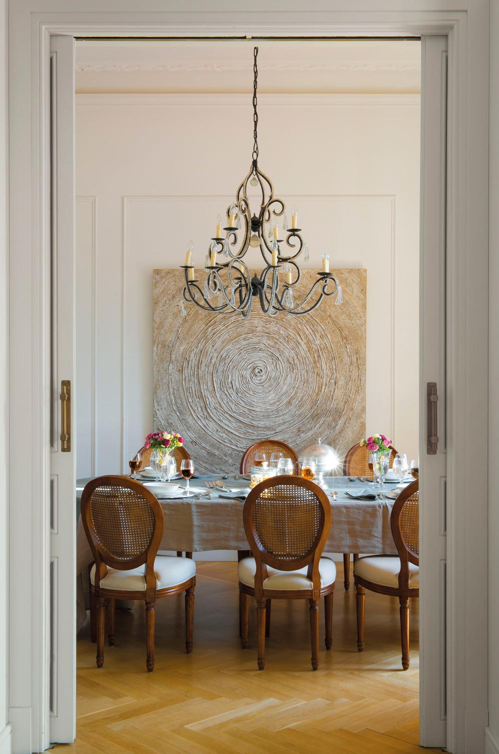 Decora tu casa con molduras y z calos - Molduras para paredes interiores ...