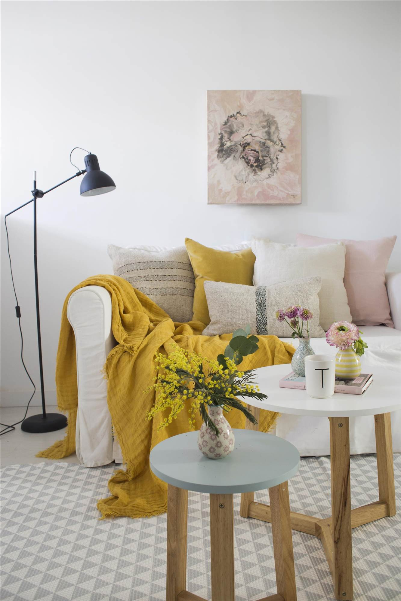 Alfombra para dormitorio y salón de diseño con dibujo geométrico