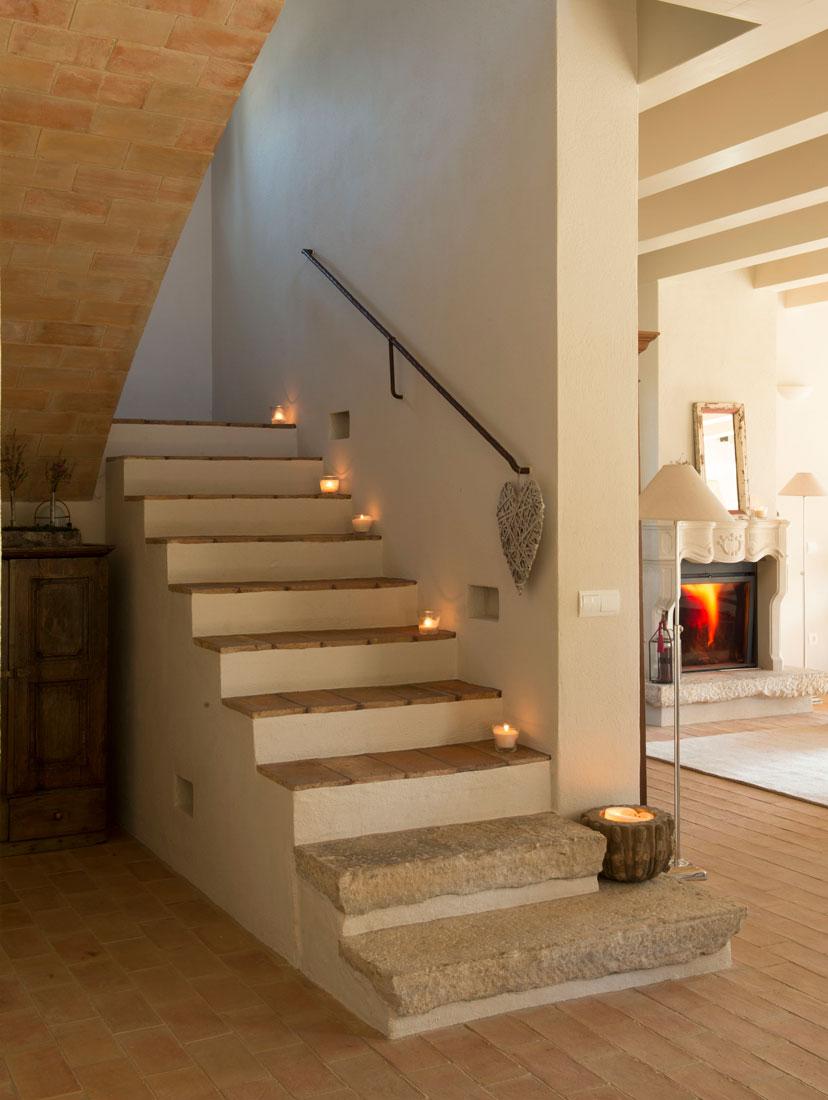 Velas en cualquier rinc n de casa - Escaleras interiores de obra ...