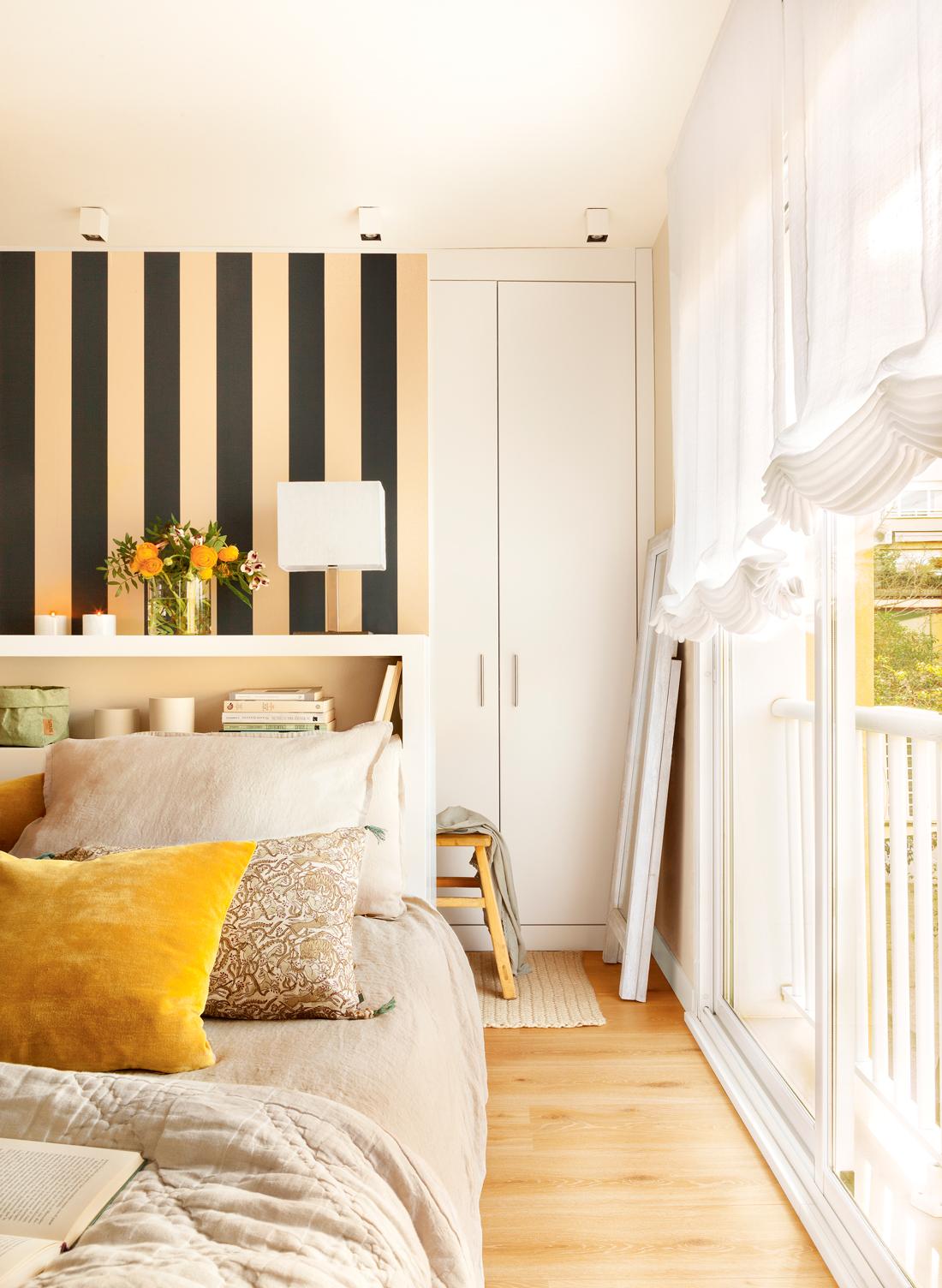 Cierra tu balc n y ganar s metros en casa - Papel pintado dormitorio principal ...