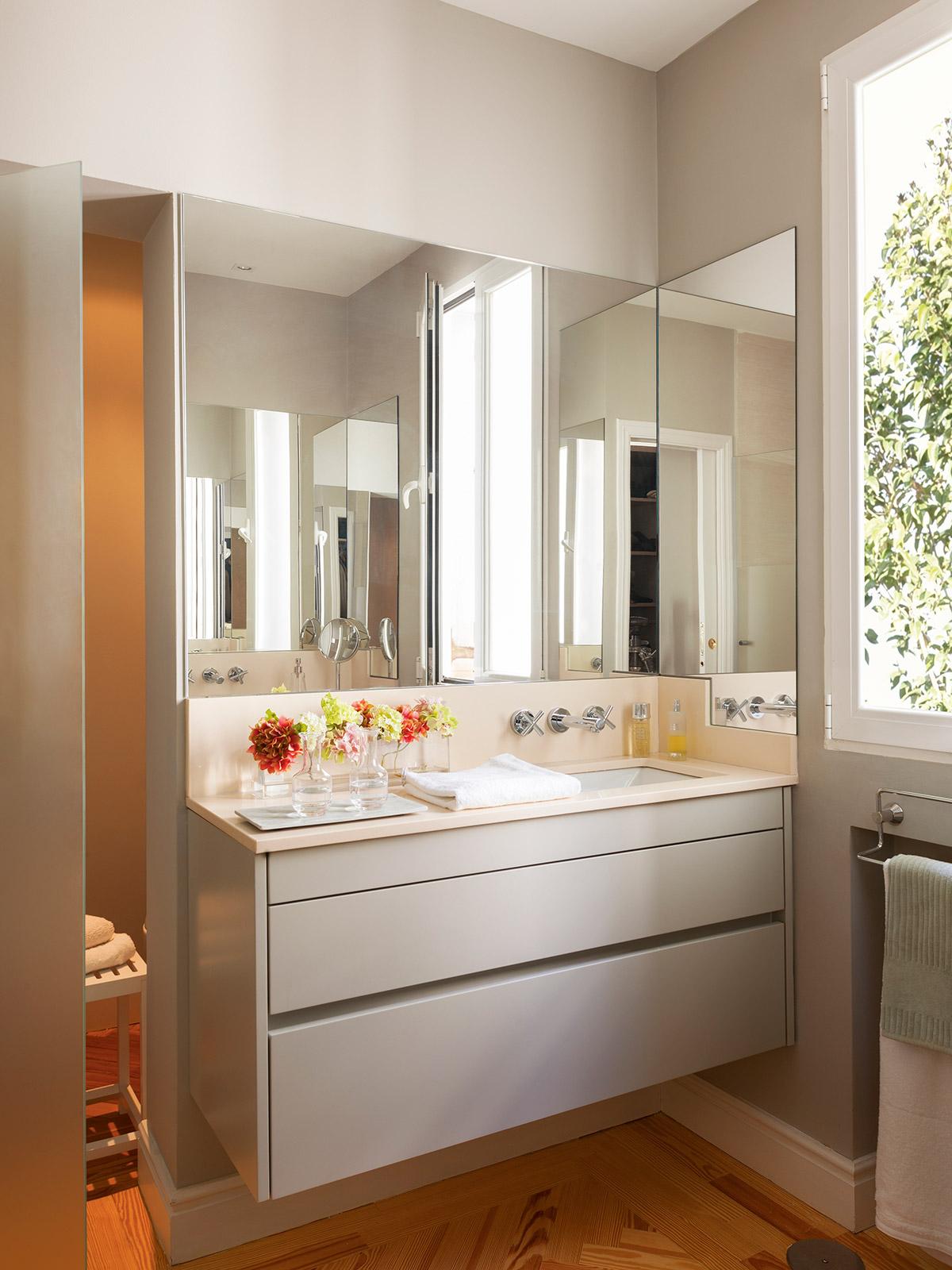 Ideas para aprovechar al m ximo el espacio de un piso peque o for Mueble encimera bano