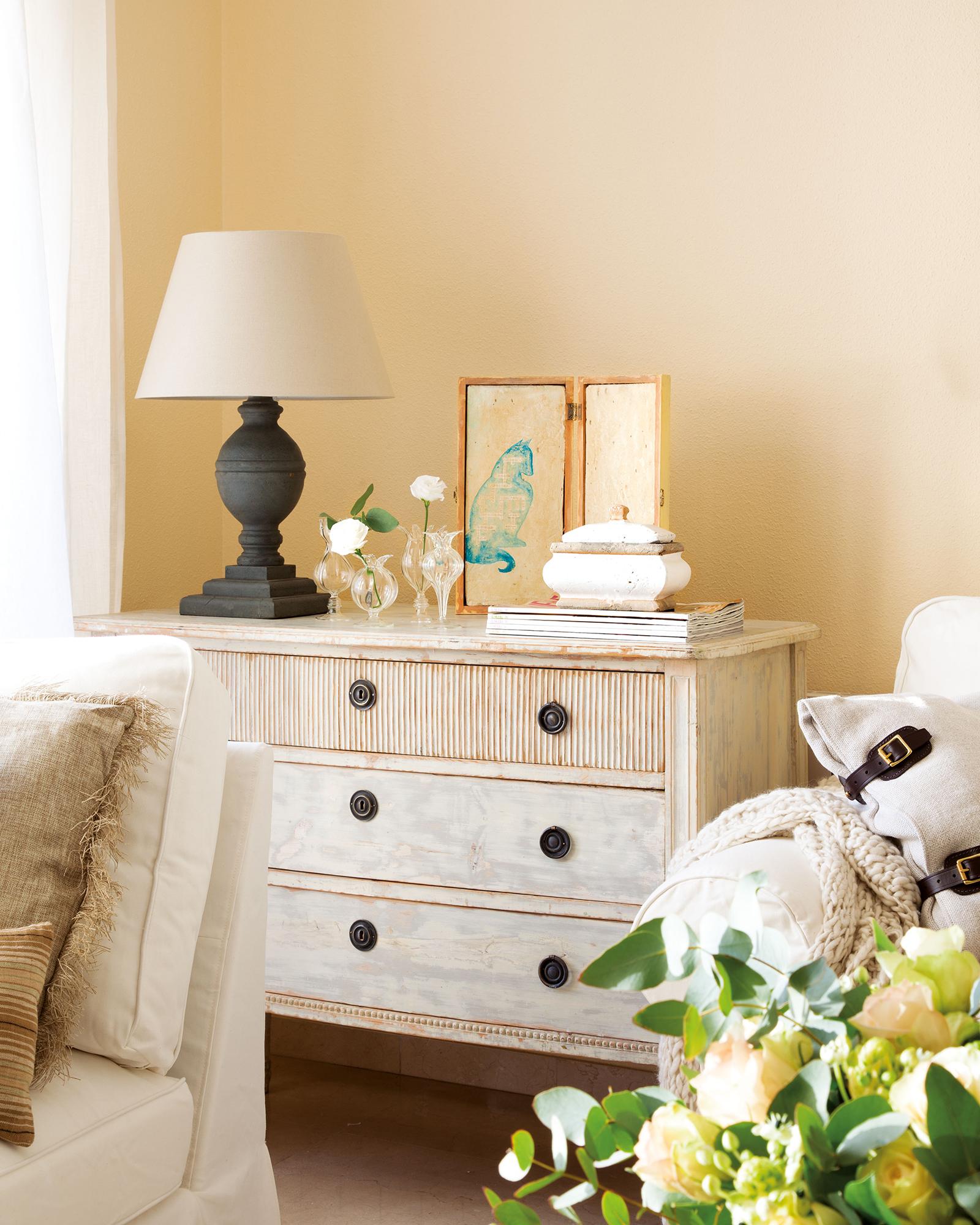 C modas 9 ideas para decorarlas - Pegatinas para decorar muebles ...