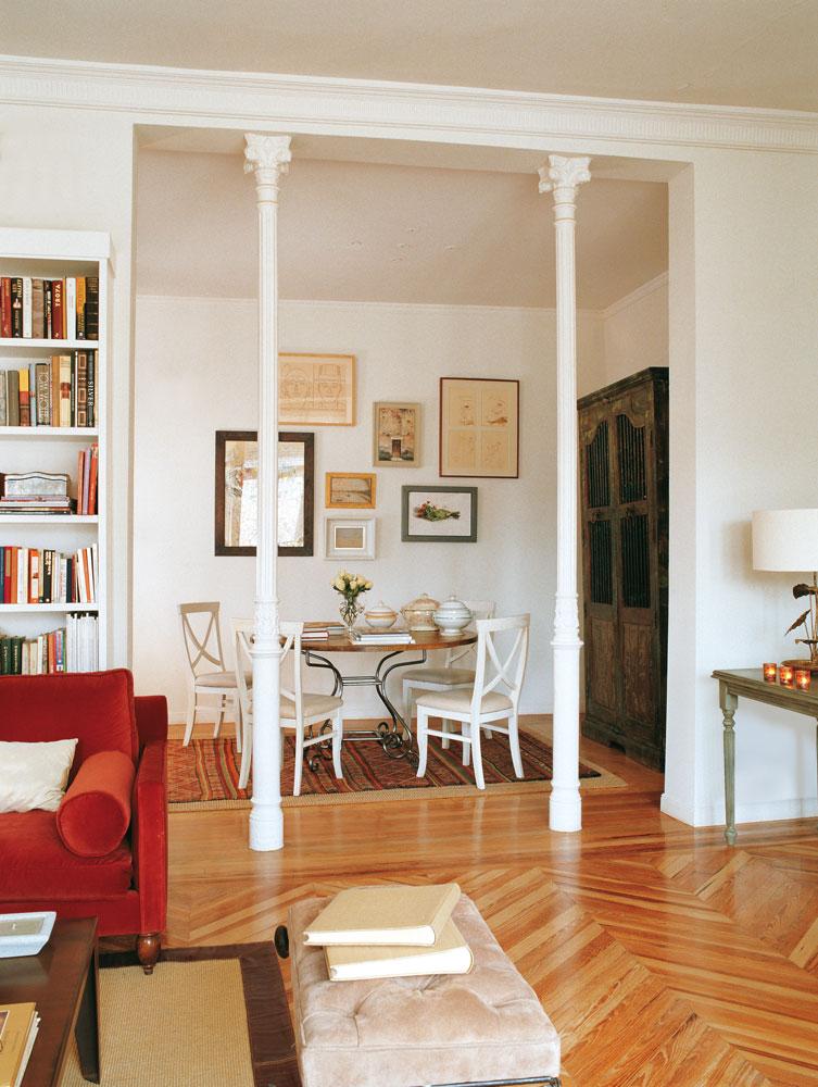 Integrar columnas en casa - Decorar mesa salon comedor ...
