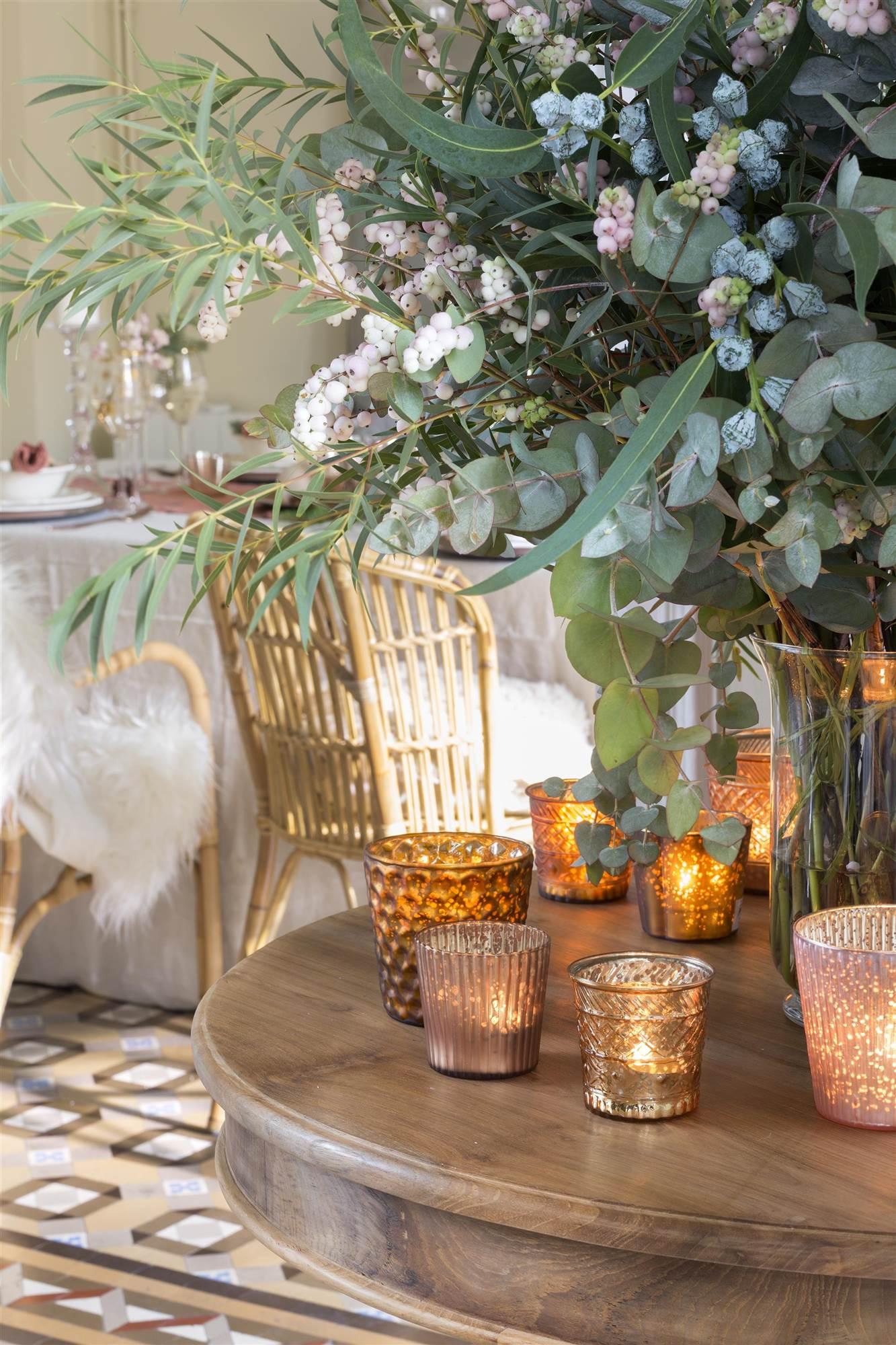 En navidad decora el comedor con aires n rdicos for Mesa auxiliar comedor