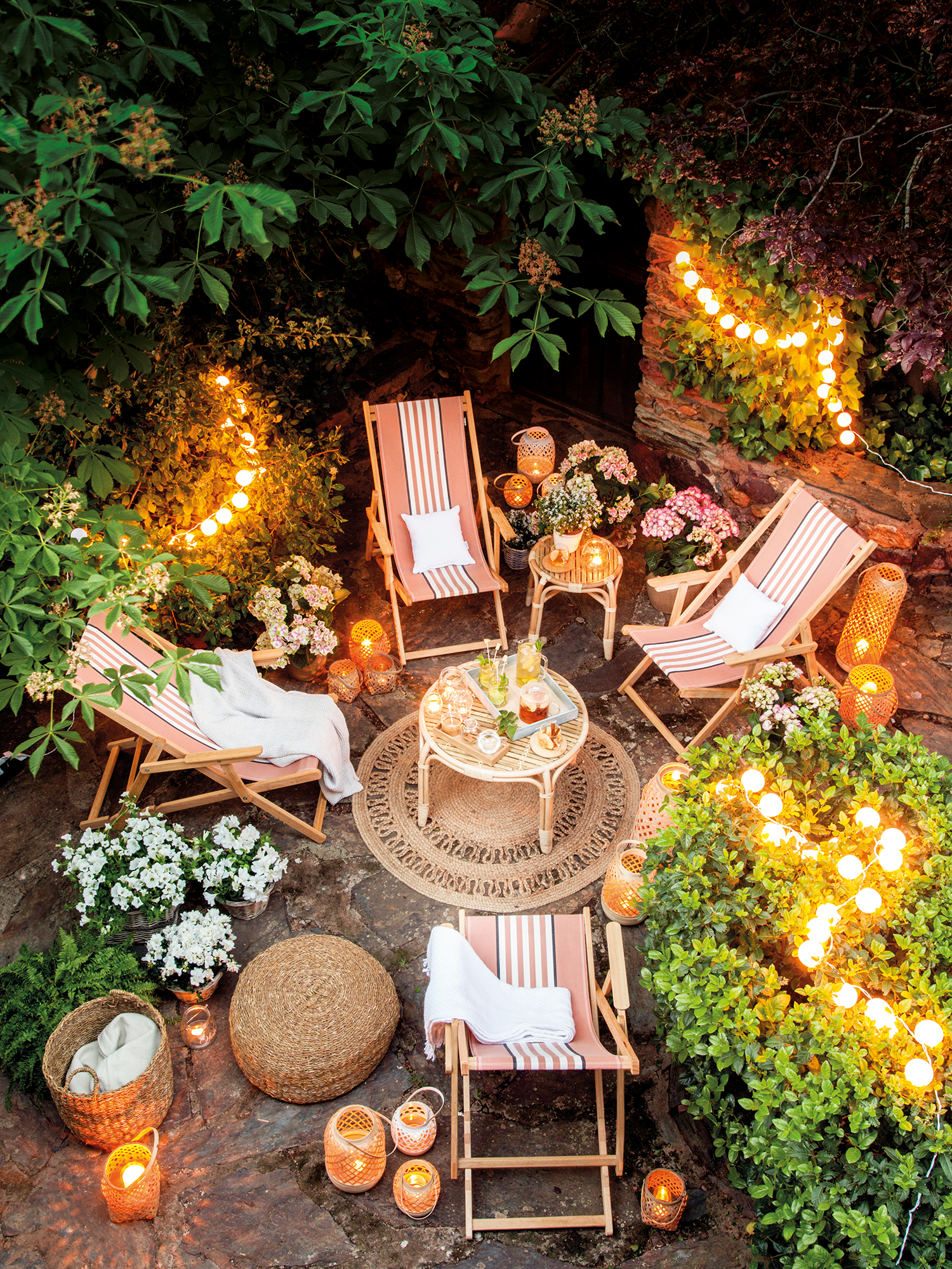 50 claves para lograr una casa perfecta for Luces jardin