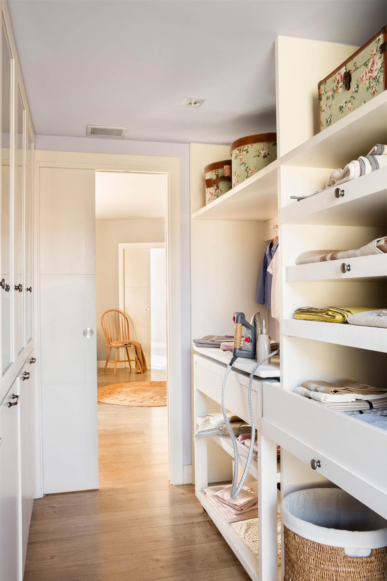 Crea un planchador perfecto - Decoracion de armarios empotrados ...