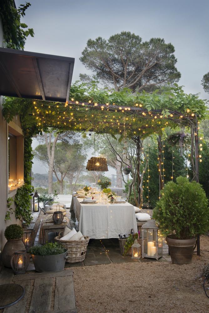 Terrazas muebles mesas e ideas para tu terraza el mueble - Pergolas de forja ...