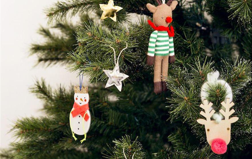 Navidad adornos y guirnaldas infantiles para decorar el rbol for Cuando se pone el arbol de navidad