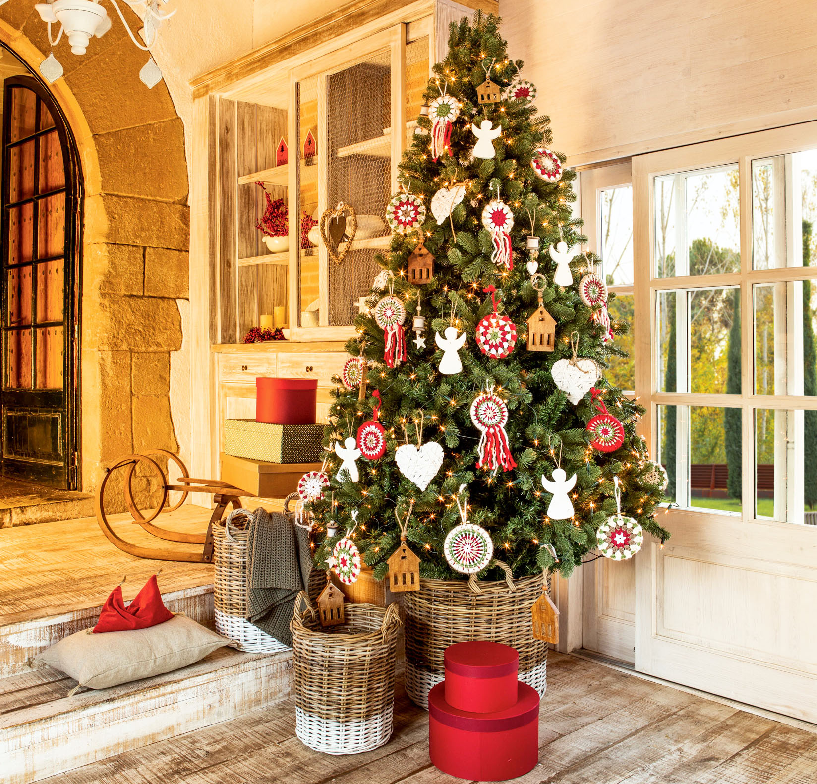 D nde poner el rbol de navidad en casa for Adornos navidenos que se pueden hacer en casa