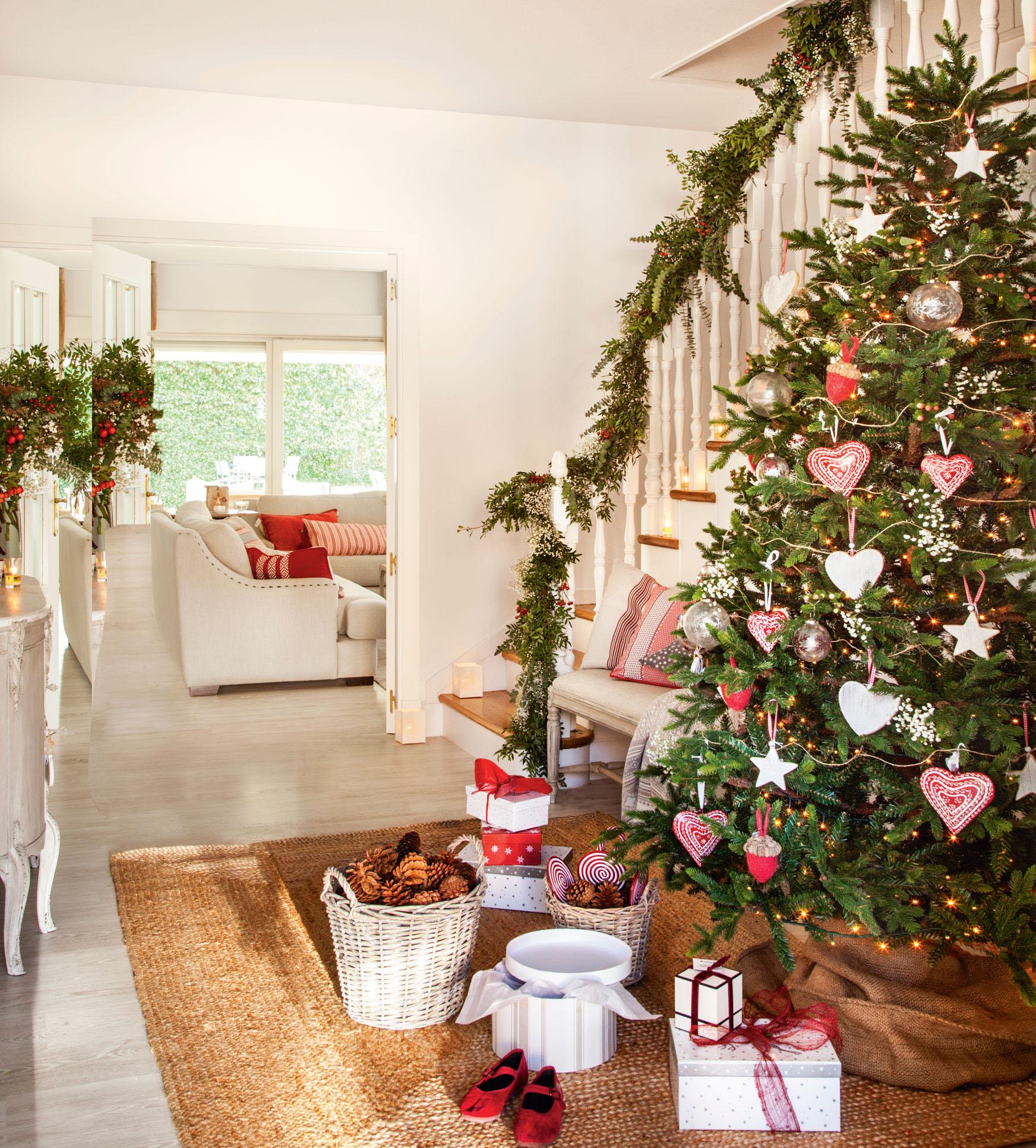 D nde poner el rbol de navidad en casa - Donde se puede poner una casa de madera ...