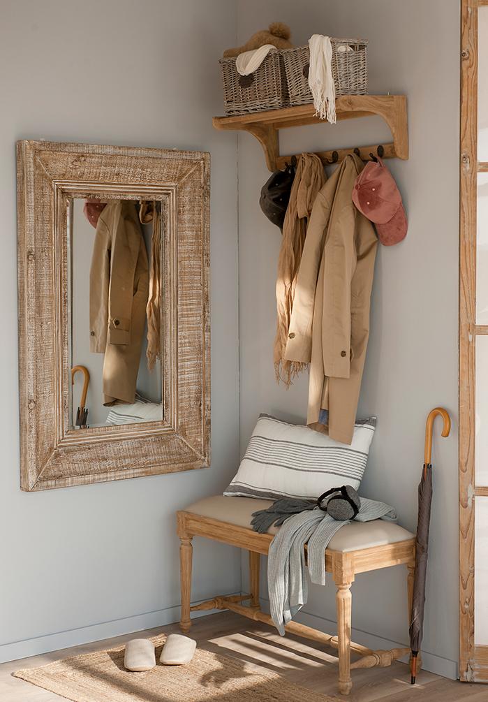 C mo ordenar y organizar la ropa con colgadores y percheros - Burra para colgar ropa ...