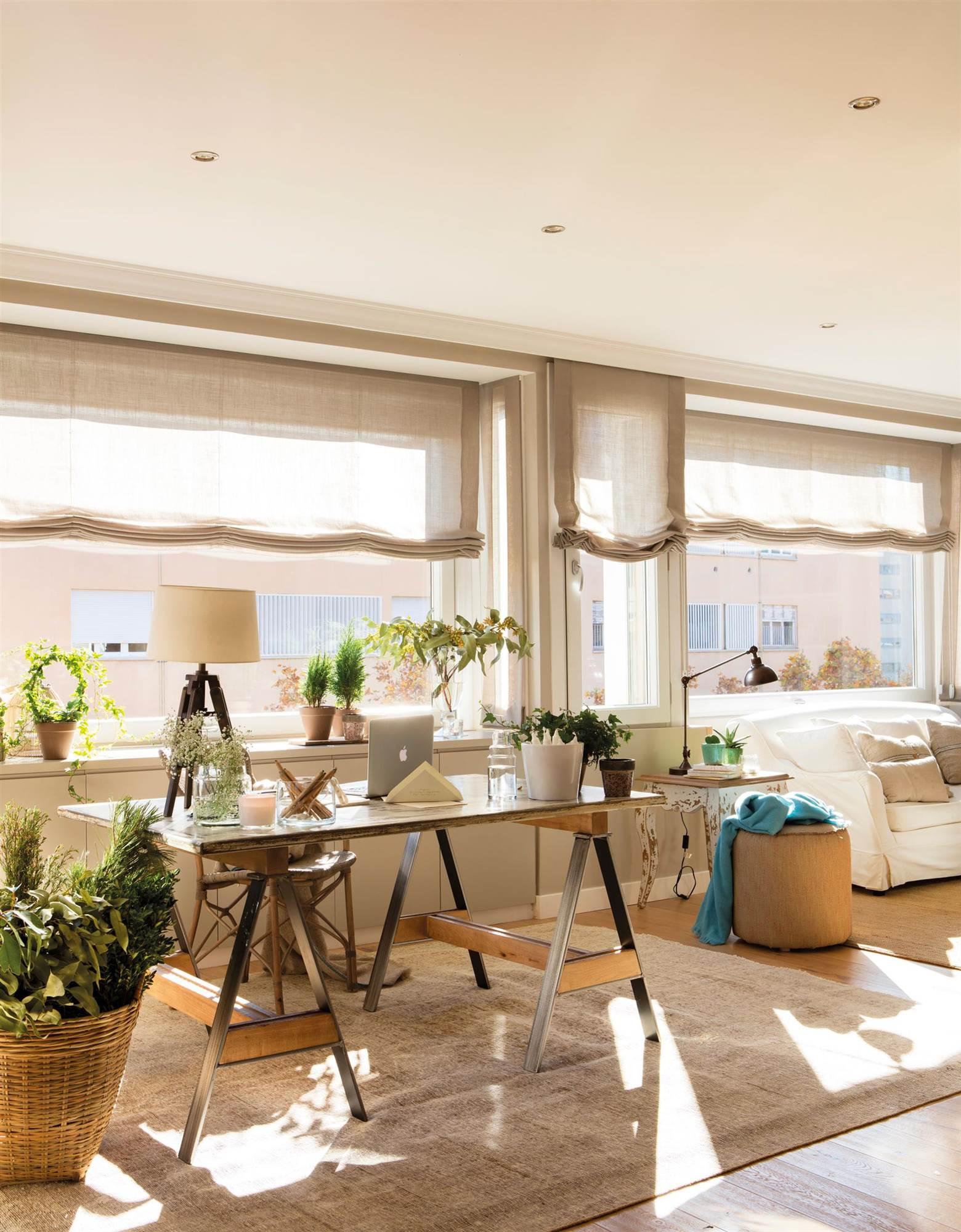 Elige la cortina perfecta para cada tipo de ventana for Mesas estudio leroy merlin