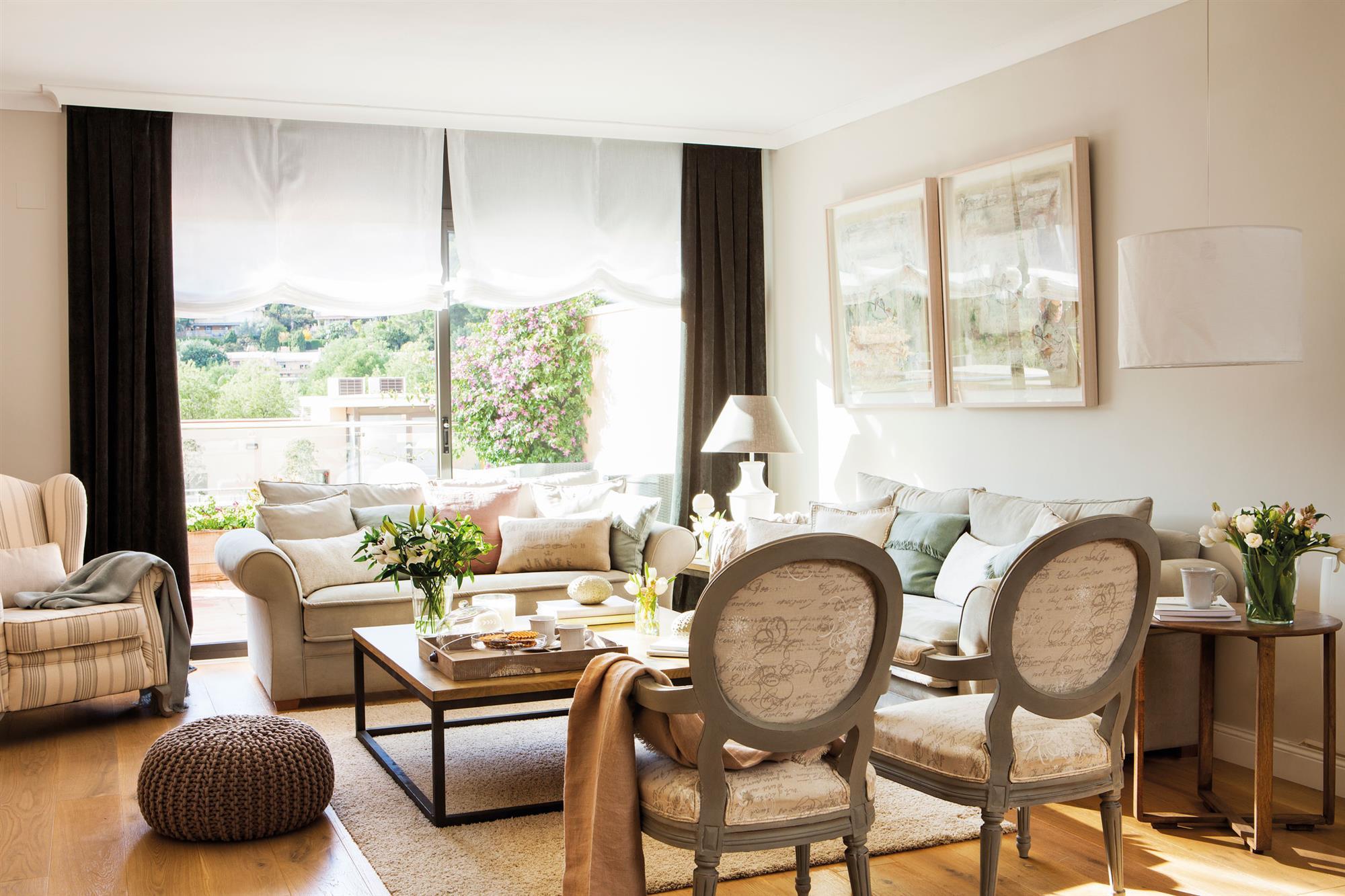 Elige el tejido perfecto para cada cortina - Cortinas salon rustico ...