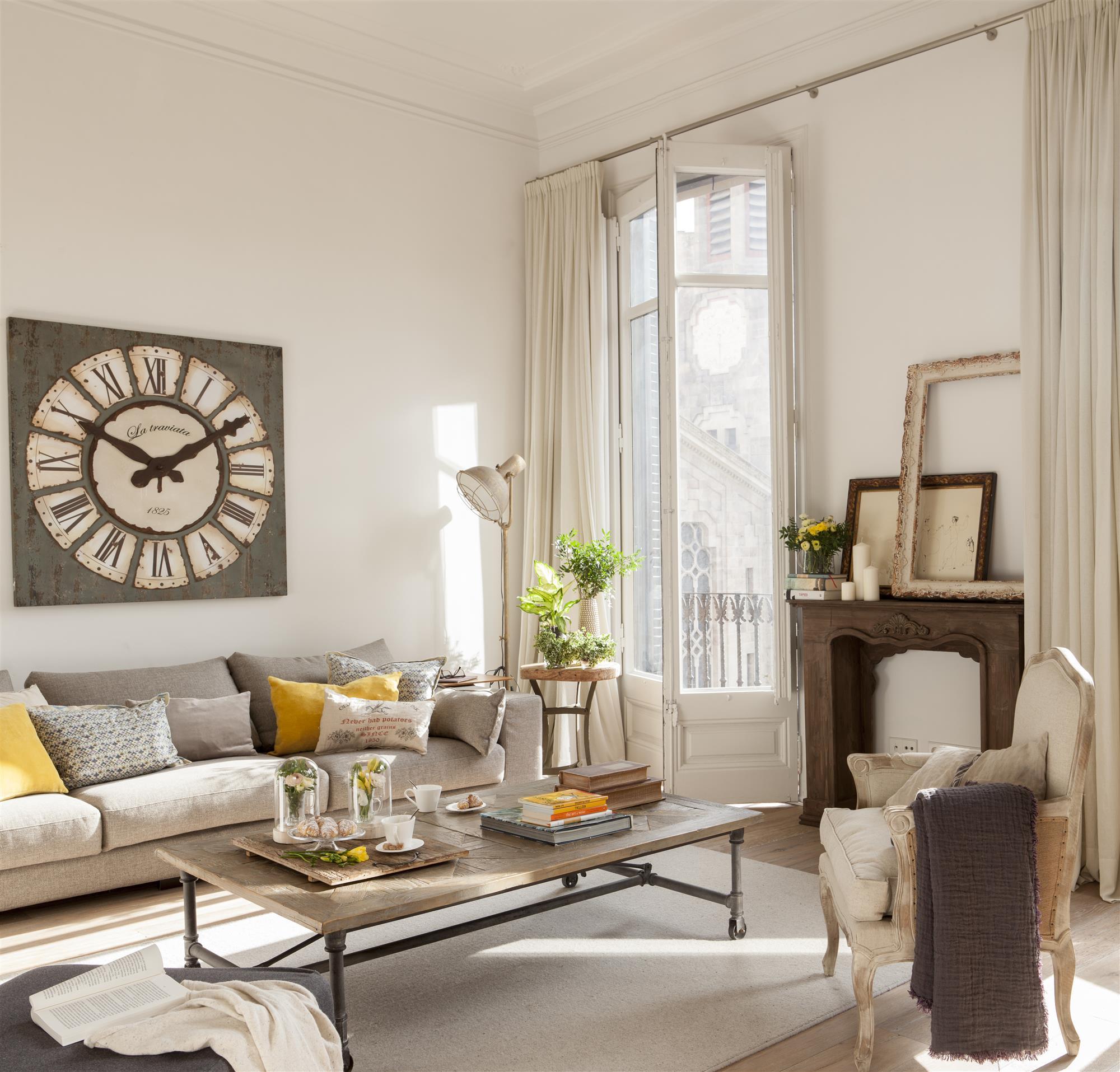 9 detalles con los que decorar la pared del sof - Decorar pared sofa ...